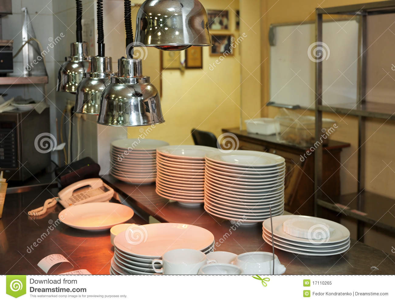 How To Keep Plates Warm In Commercial Kitchen