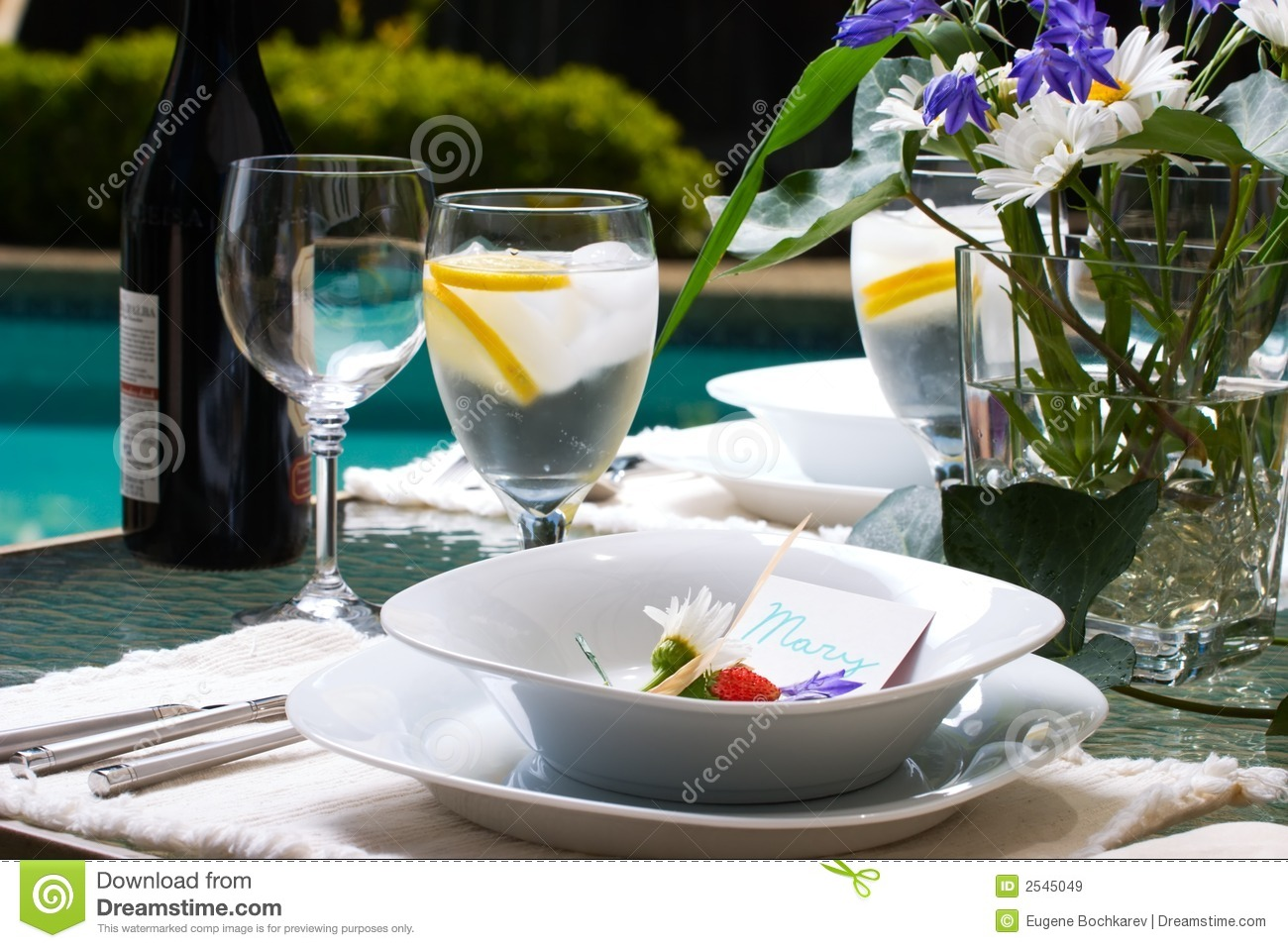 Setting A Dinner Table Outside Dinner Table Setting Royalty Free Stock Images Image