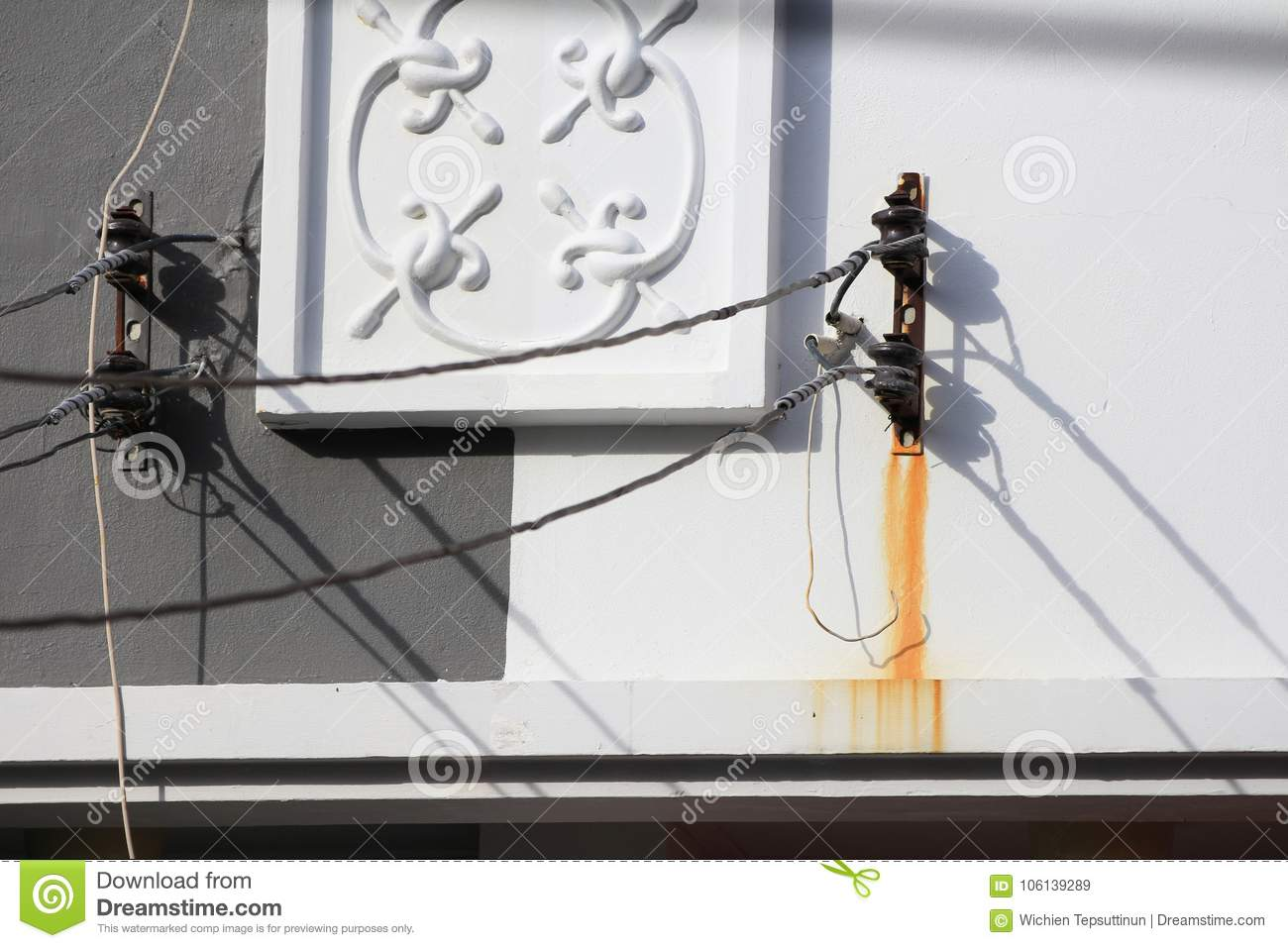 Wall Dirty By Rusty Steel Cable Support Stock Image - Image of ...