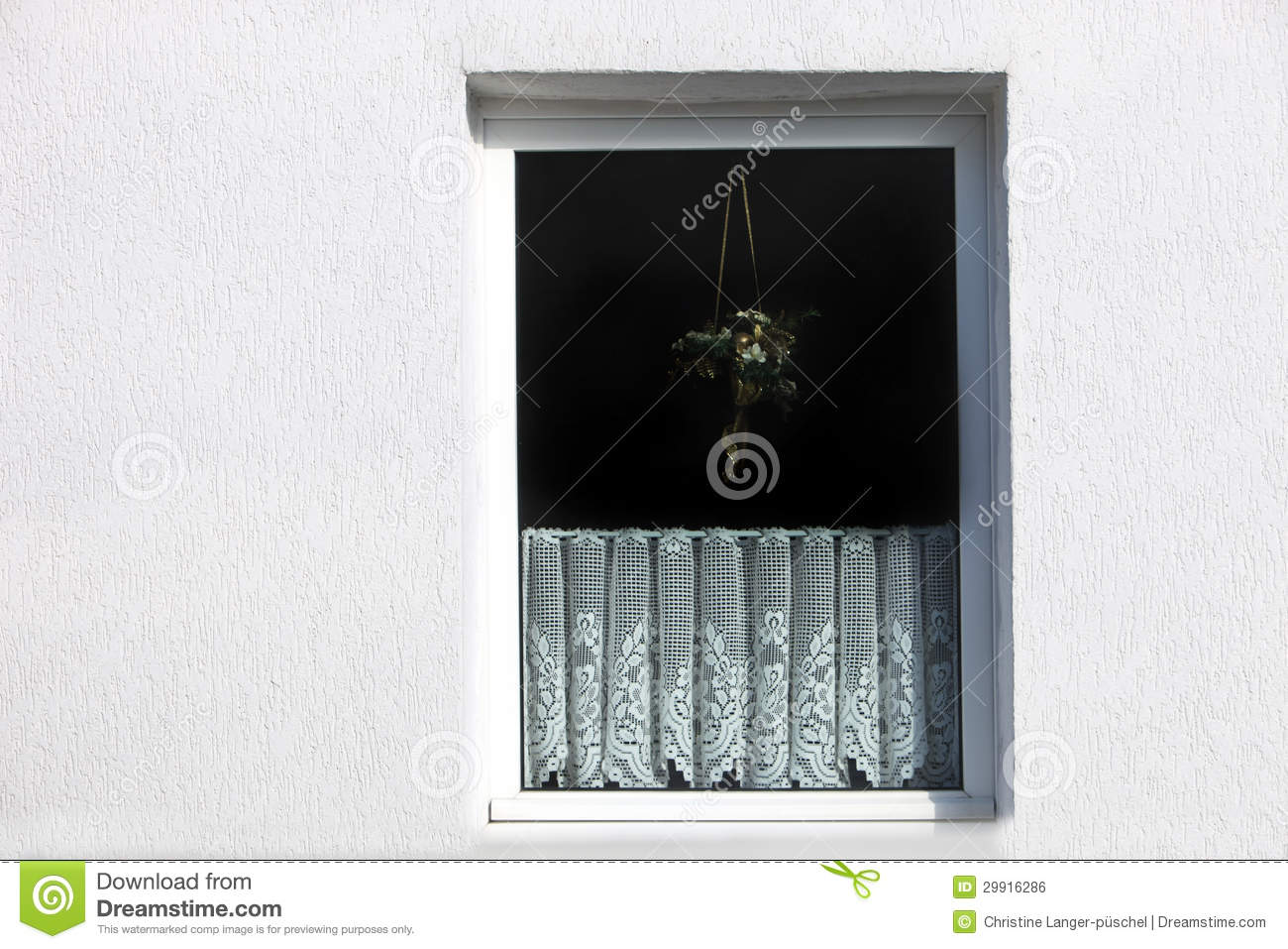 Window with decorative net curtain stock photo image of for Fenetre decorative