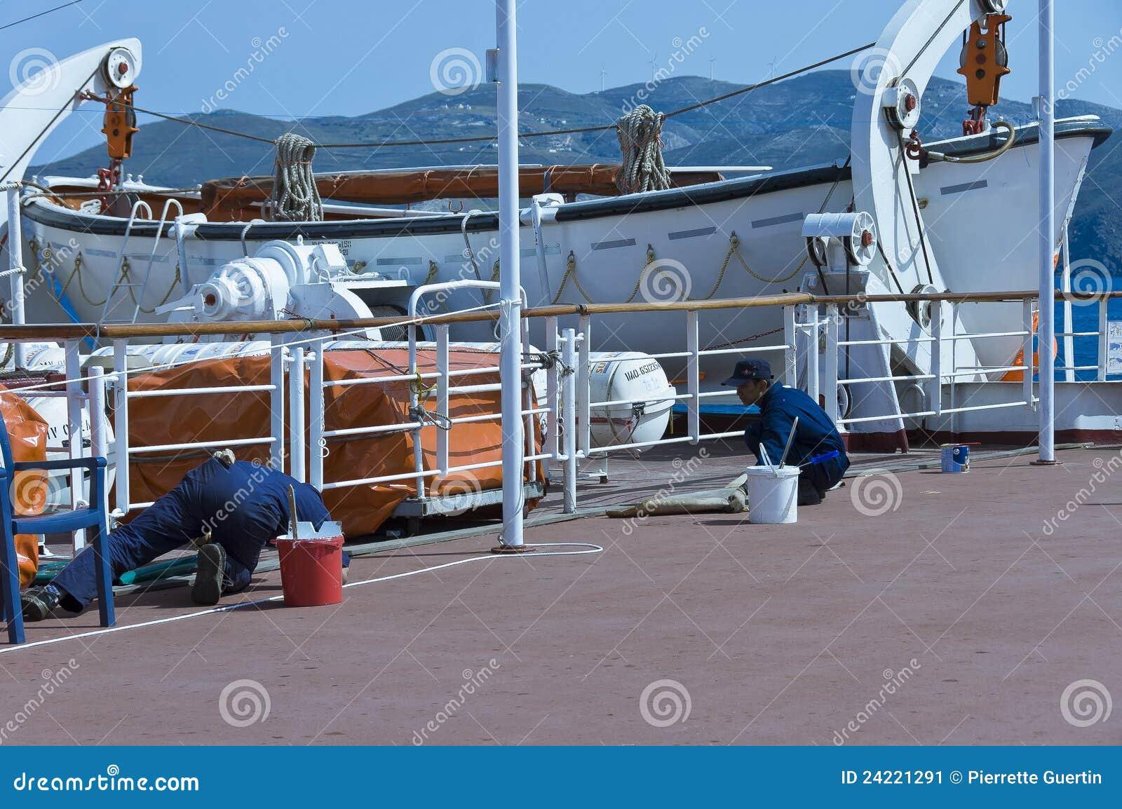 Croisière de luxe sur le SEVEN SEAS NAVIGATOR pendant 18 jours de Los angeles à Papeete en décem Sur les bateaux Costa Croisières, tout est fait pour vivre une croisière en famille de certains salons, tandis que les cigares et les pipes ne peuvent être fumés.