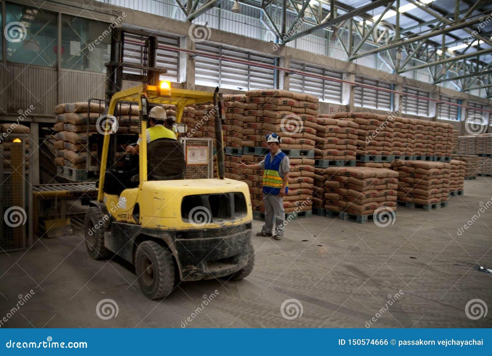 Ouvriers de ciment