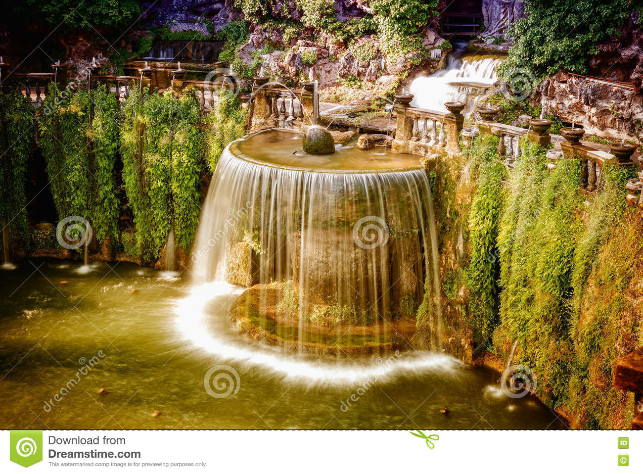 The Oval Fountain In Villa D\'Este, Tivoli, Italy Stock Image - Image ...