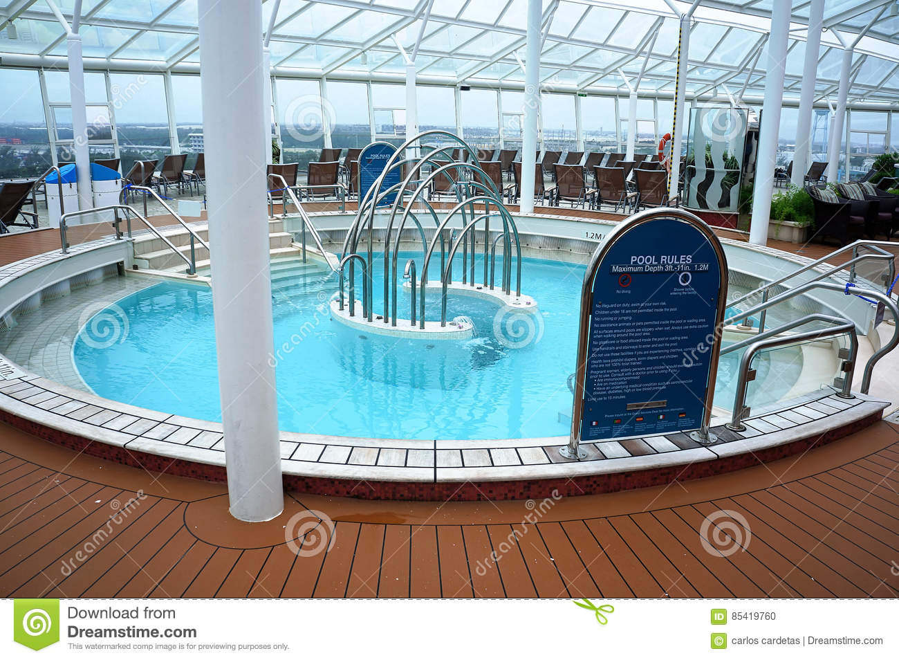 Pics photos swimming pool rules depths sign - Oval Pool Safety Rules Empty Holiday Stock Photo