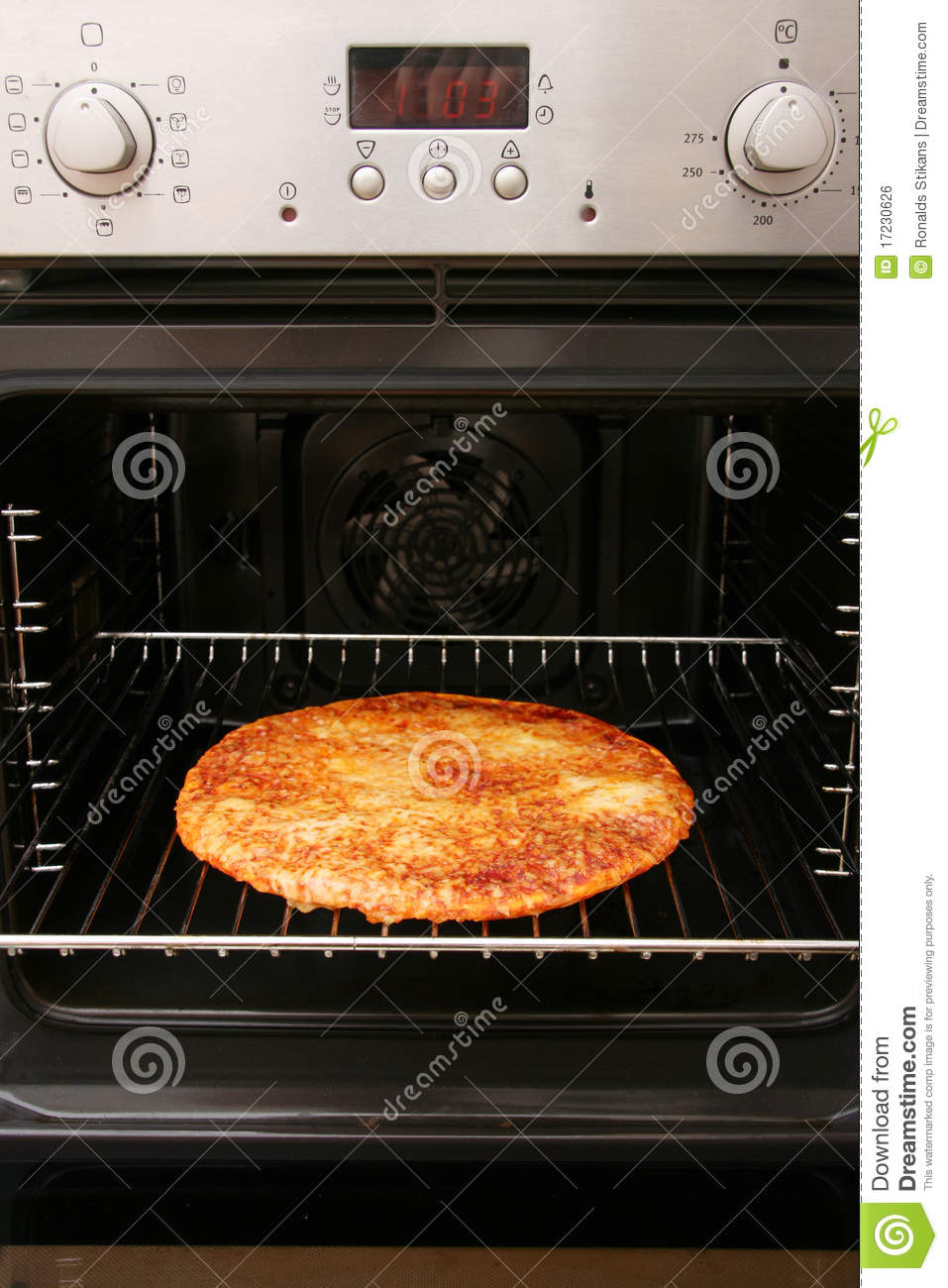 how to cook homemade pizza in oven