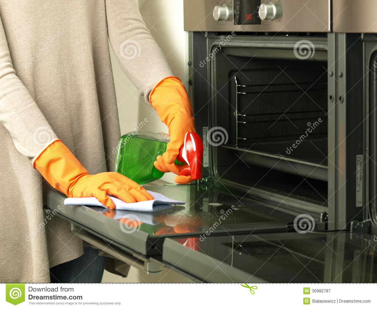 Oven cleaner with oven thumbs up cartoon royalty free - Trucos para limpiar el horno ...
