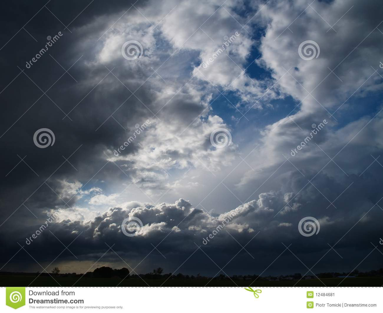 e63b4ab4f Overcast Sky With Storm Clouds Stock Image - Image of condensation ...