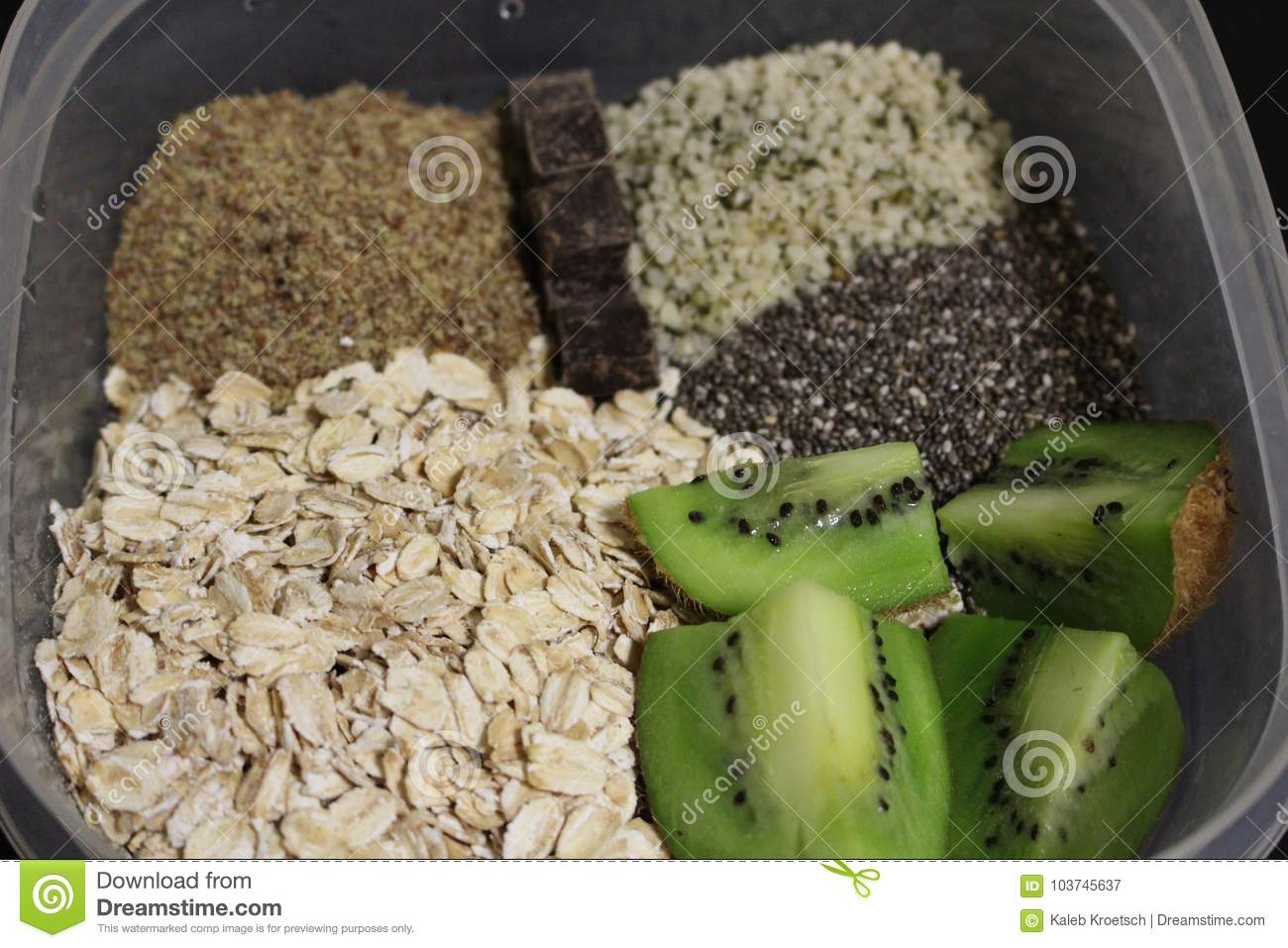Overnight Oats Healthy Breakfast Before Milk Is Added Stock Image Image Of Healthy Kiwi 103745637