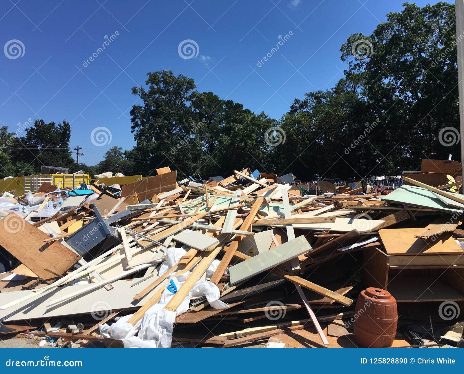 Overstroomd schoolpuin na schoonmaakbeurt