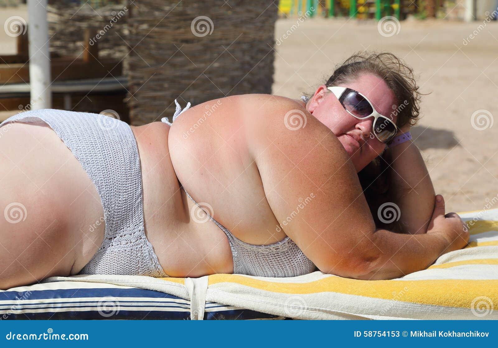 Пухлых дам ебут в жопу, толстую в жопу ебут: смотреть русское порно видео 20 фотография