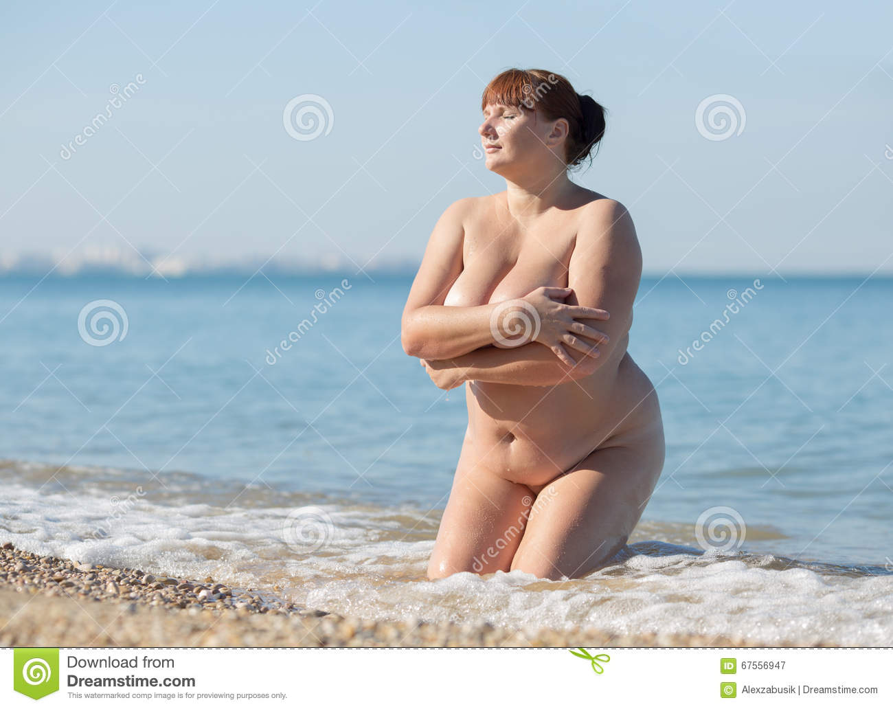 Overwieght woman naked photo