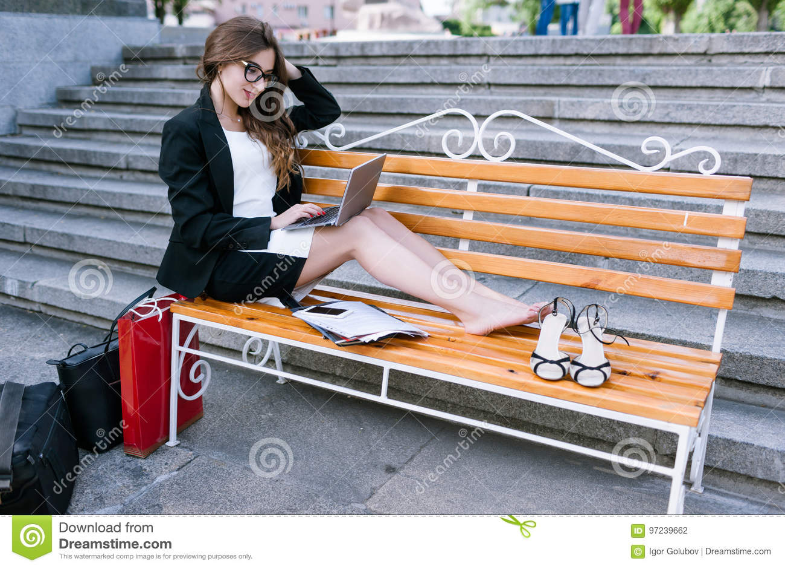 https://thumbs.dreamstime.com/z/overworked-secretary-tired-legs-workaholics-working-process-street-97239662.jpg
