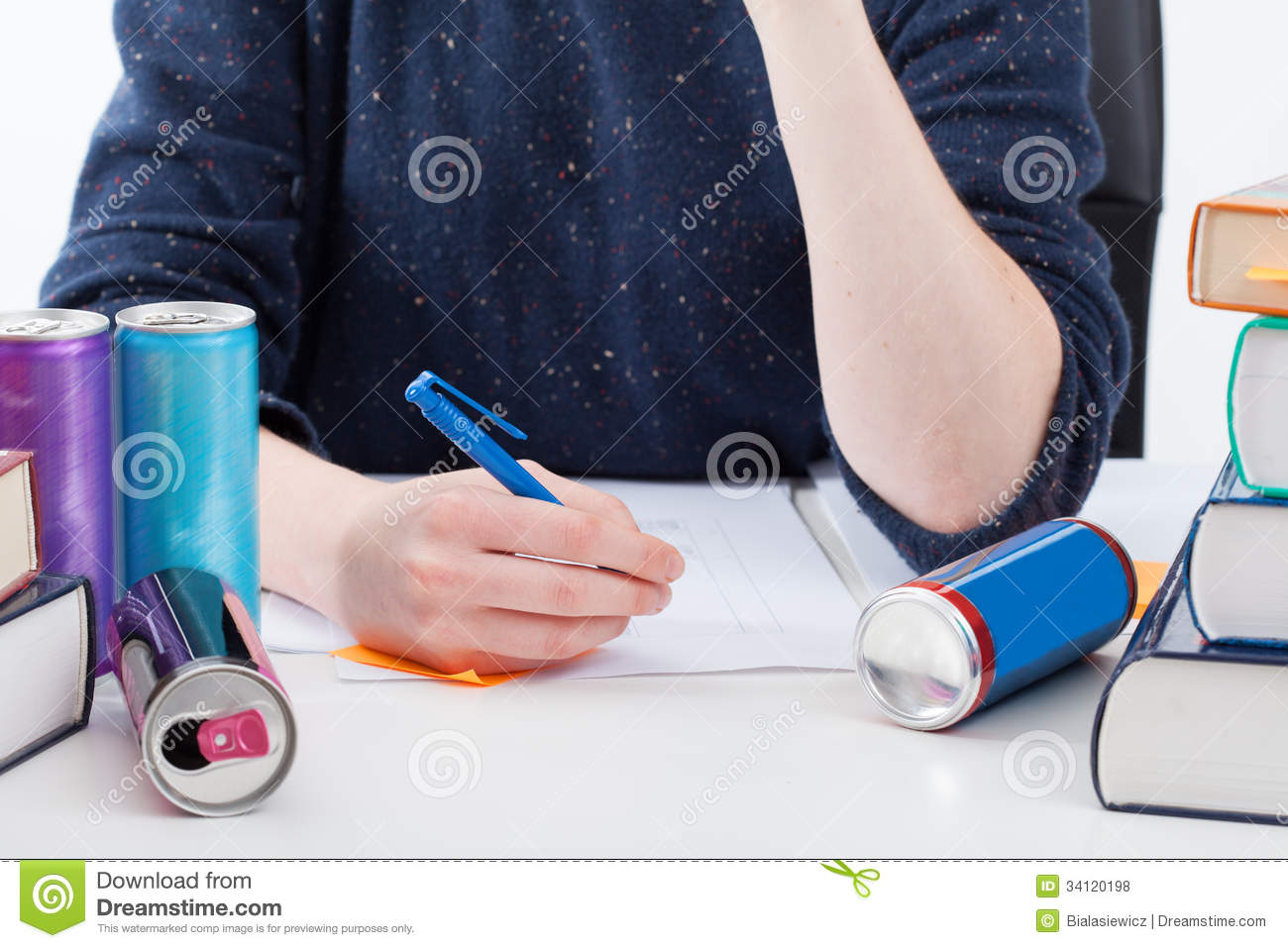 energy drinks 8 essay Top 14 energy drink dangers the dangers of energy drinks are getting a lot of press because of the sheer volume of energy stimulating products in the marketplace.