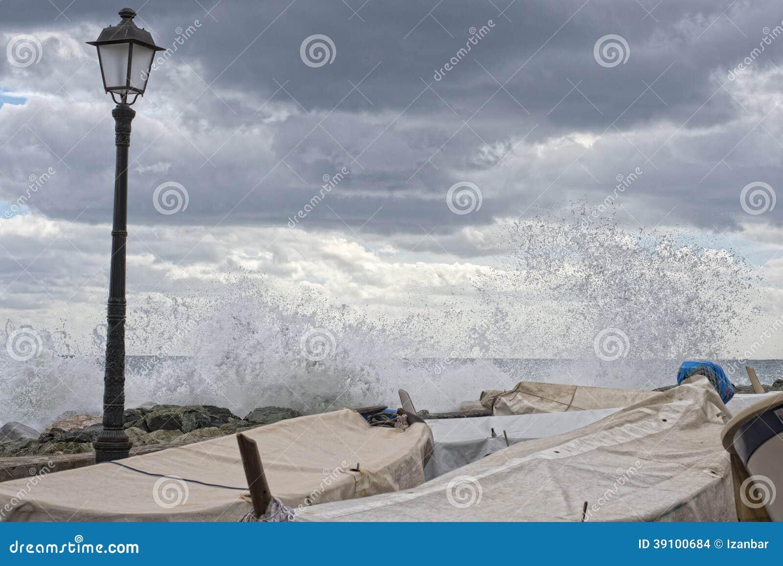 Overzees Onweer op het dorp van Genua pictoresque boccadasse