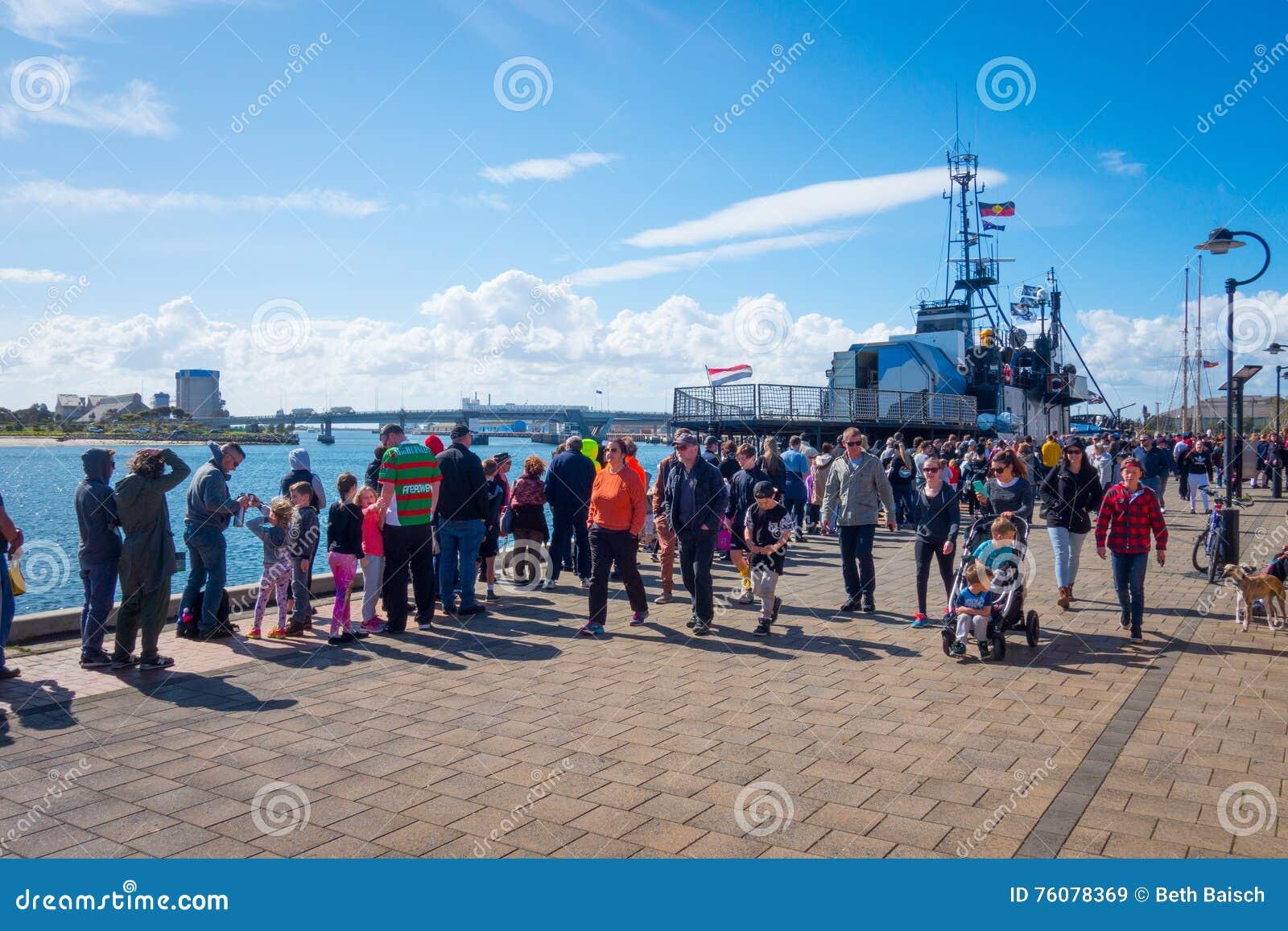 Overzees Steve Irwin Docked van de Herder bij Haven Adelaide