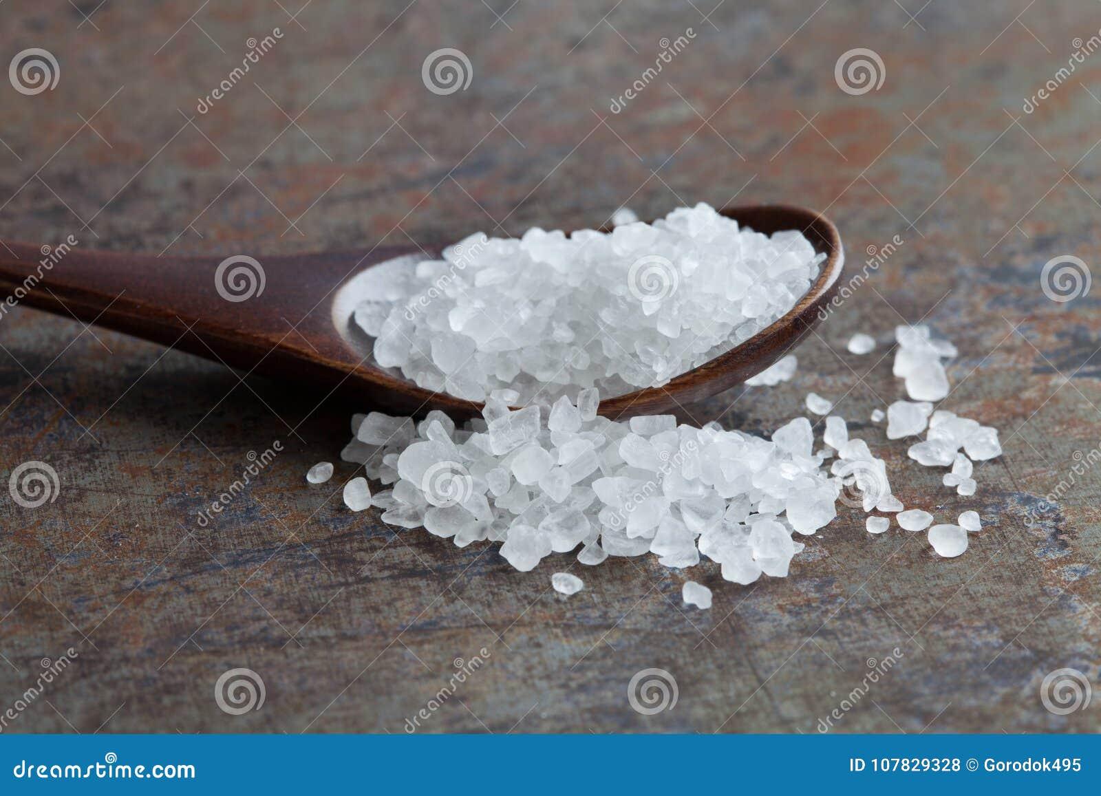Overzeese zoute specerij macromening Natuurlijk mineraal bewarend, Zout het natrium-chloride wit kristal van het smaakstofvoedsel