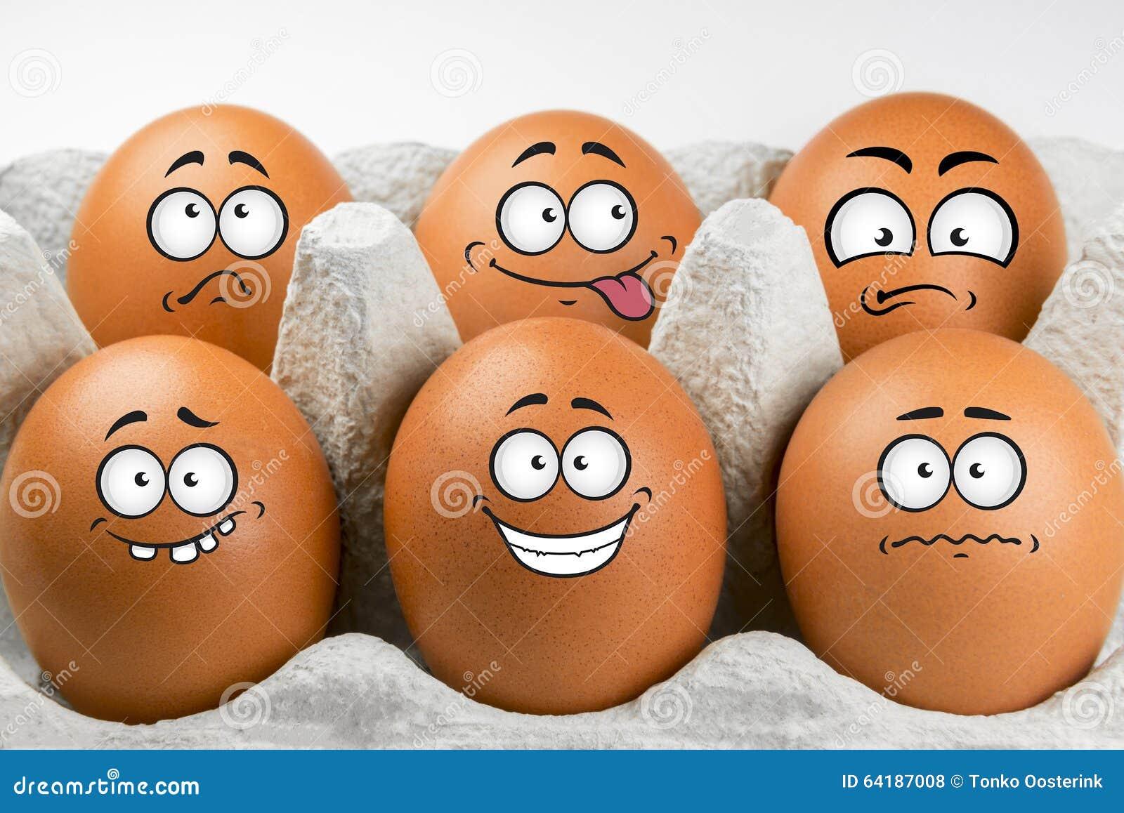 Ovos com caras e expressões