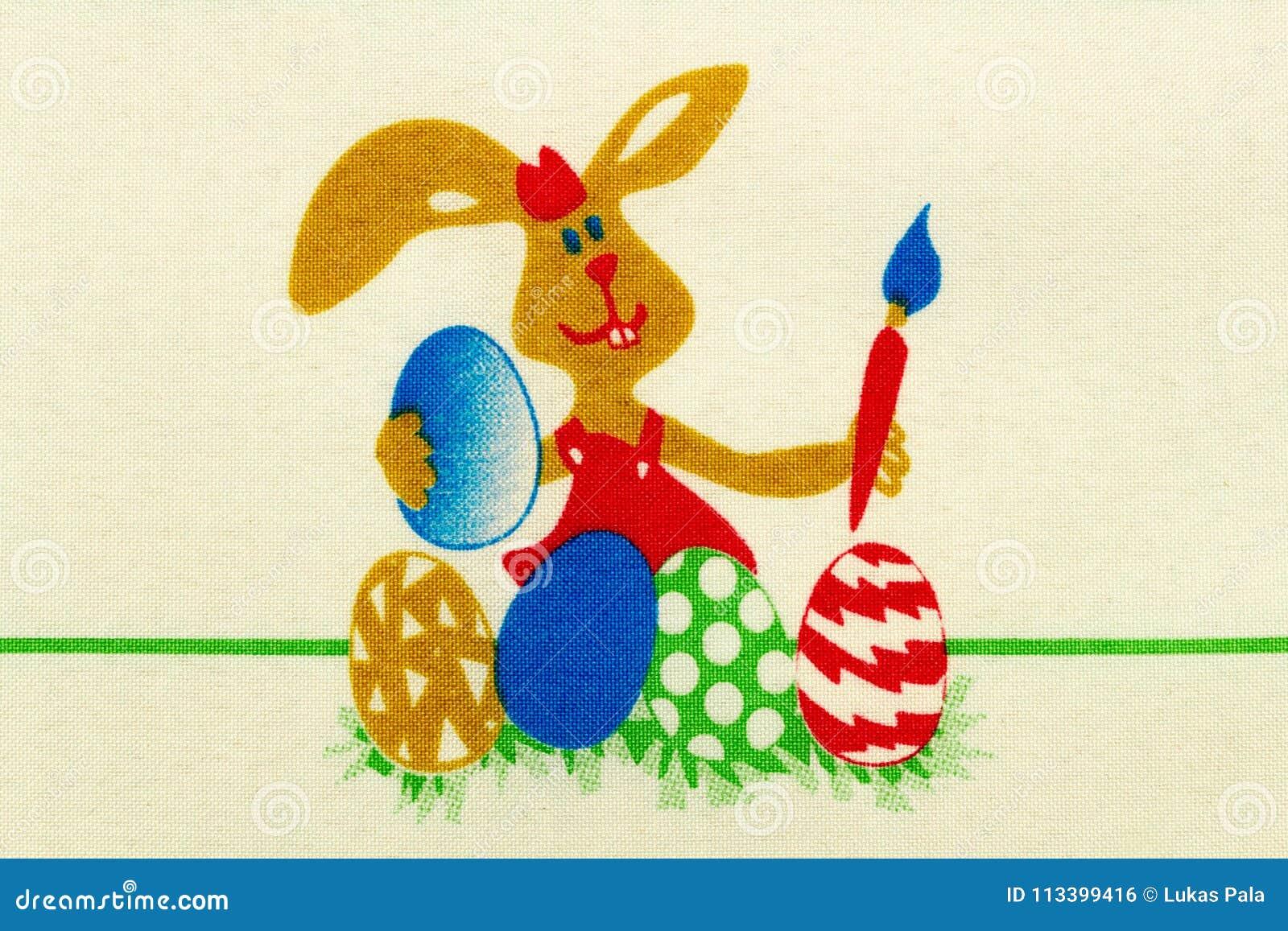 Ovos da pintura do coelhinho da Páscoa