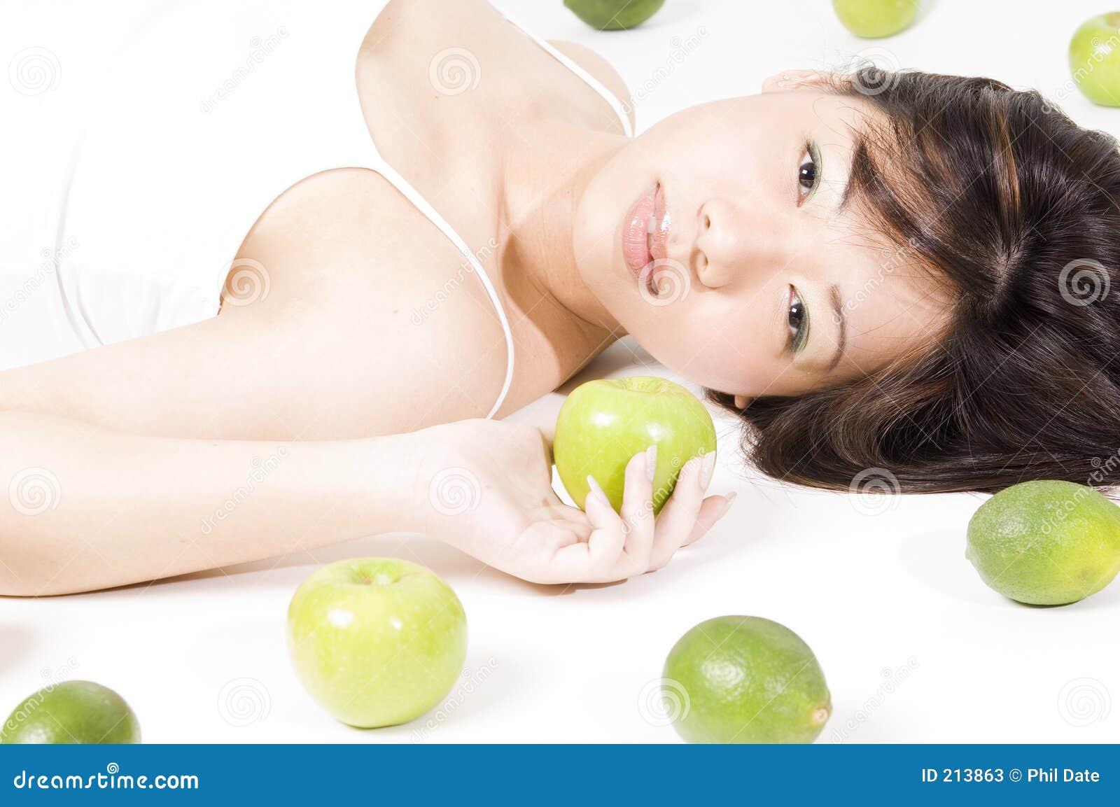 Owoce 3 dziewczyna