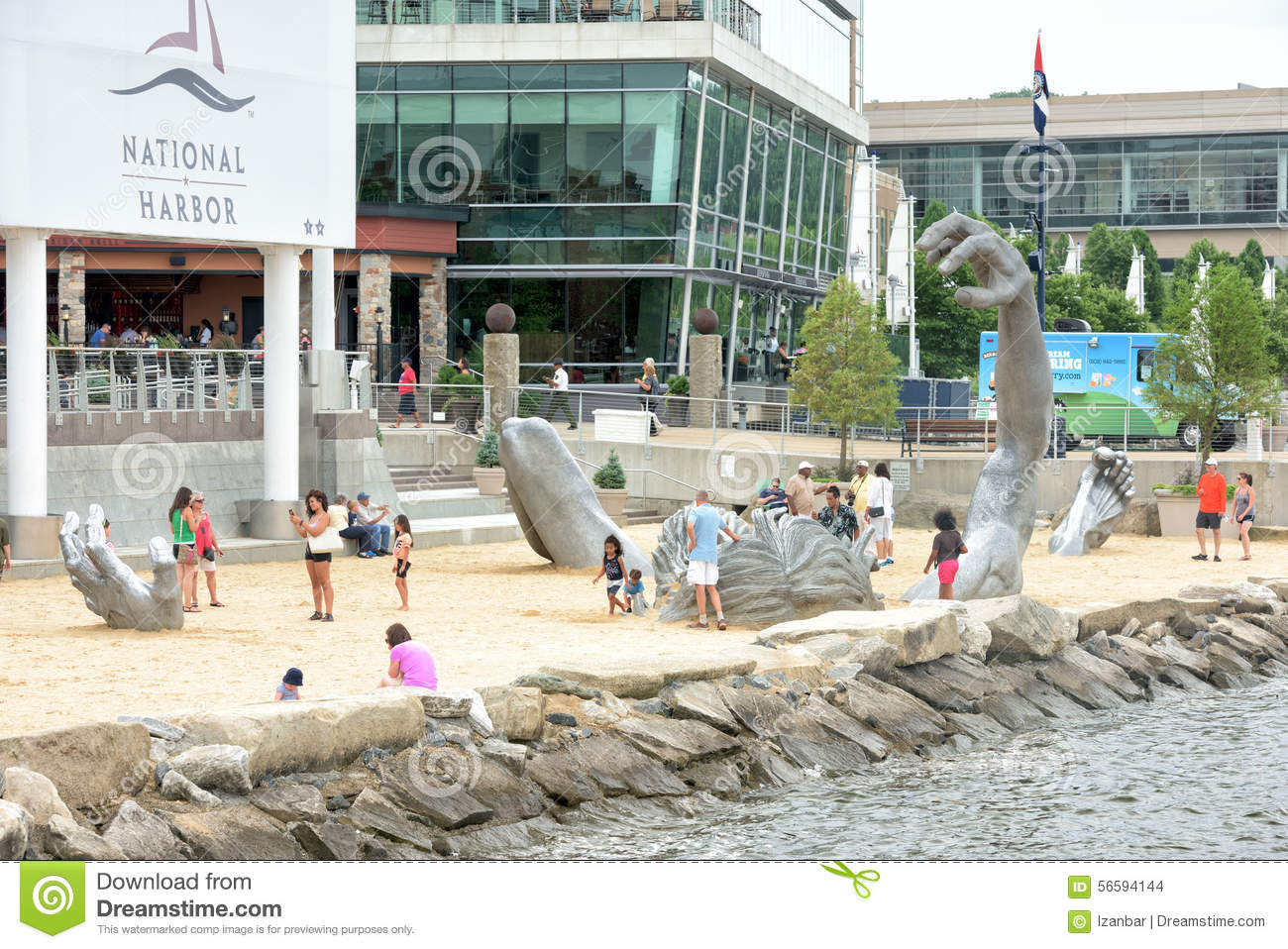 Oxon hill md june 19 2015 awakening sculpture at for Awakening sculpture national harbor