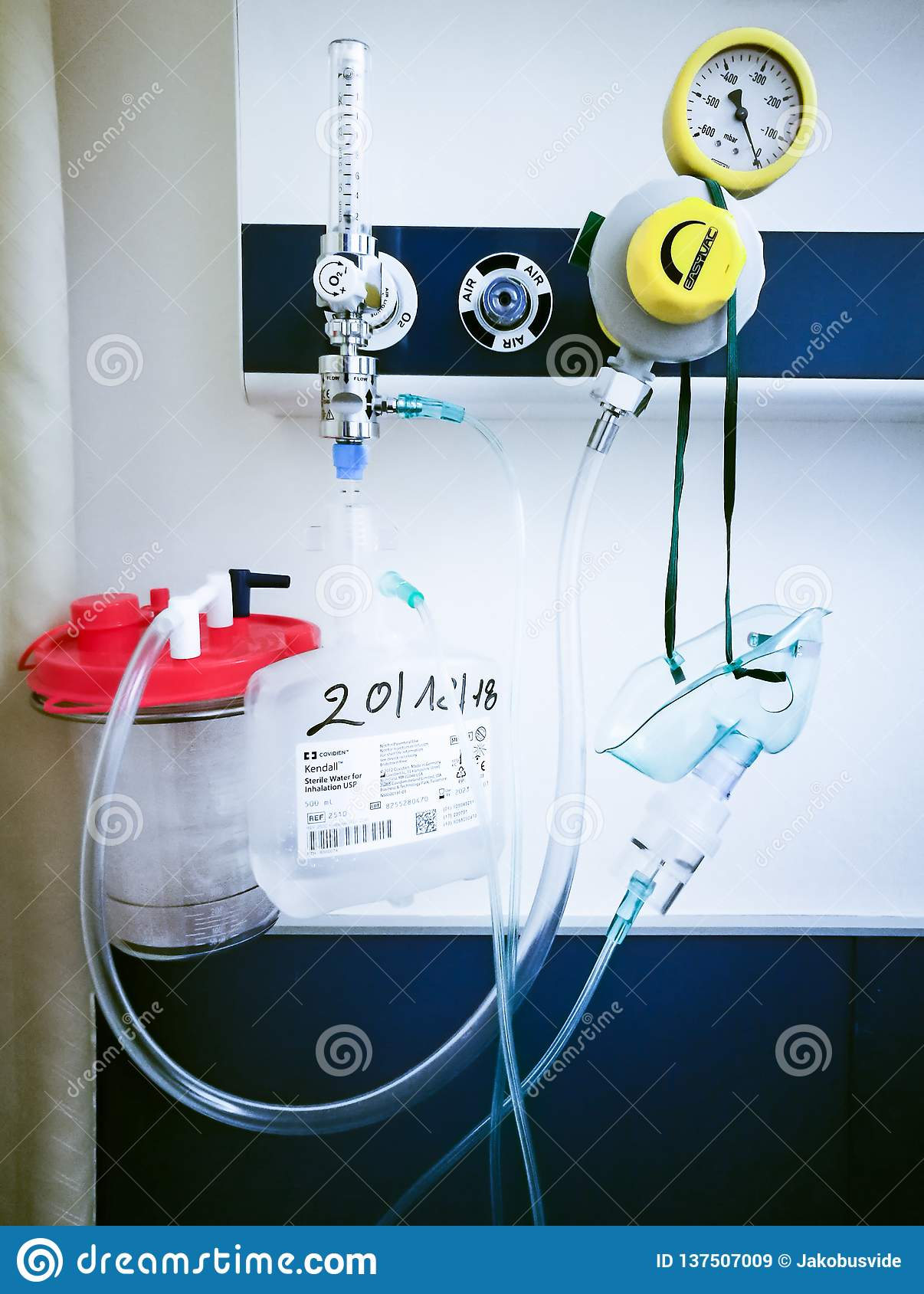 Oxygen Supply In A Hospital Bedroom Editorial Stock Image Image Of Outlets Healthcare 137507009