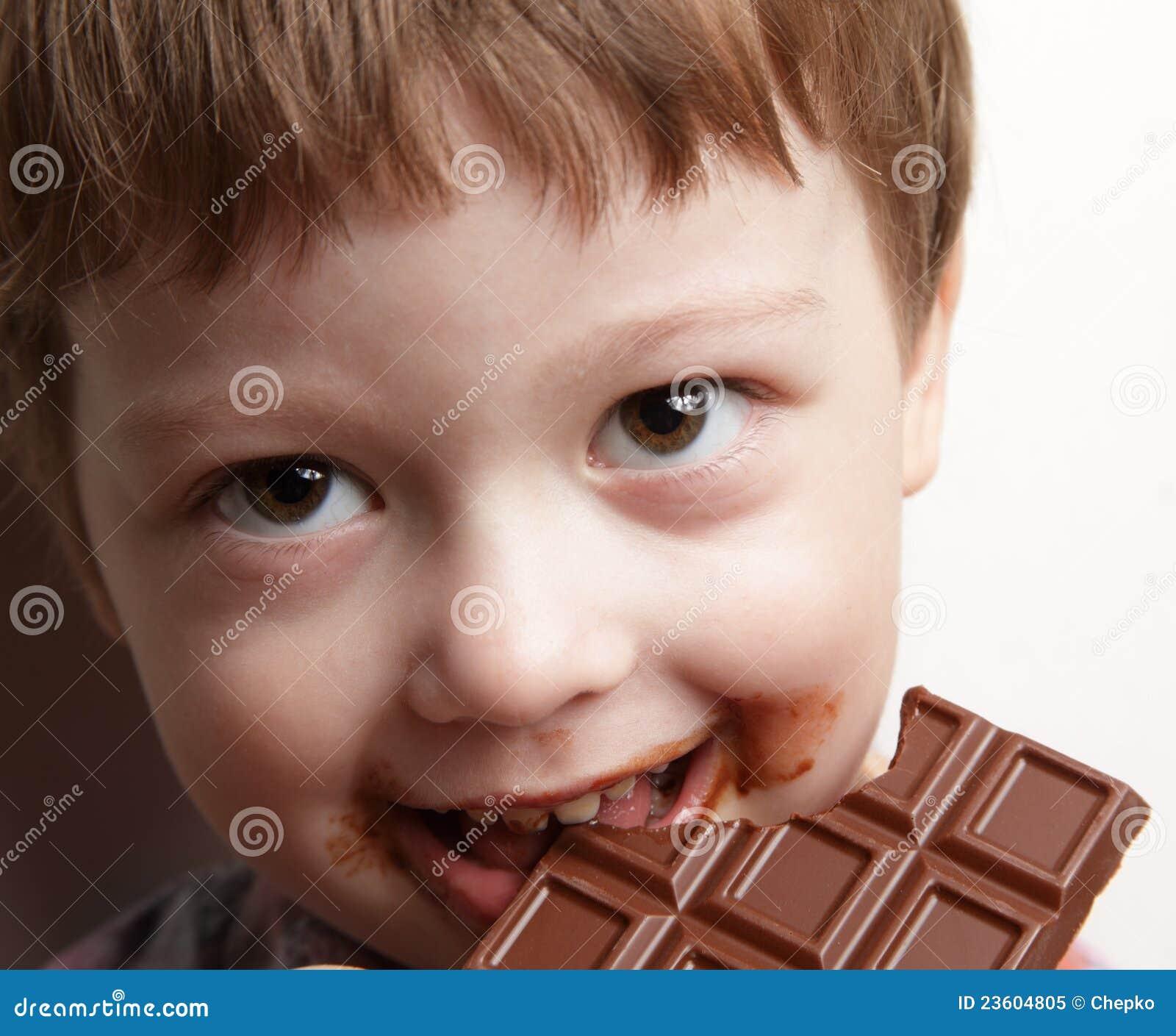 Oy com chocolate