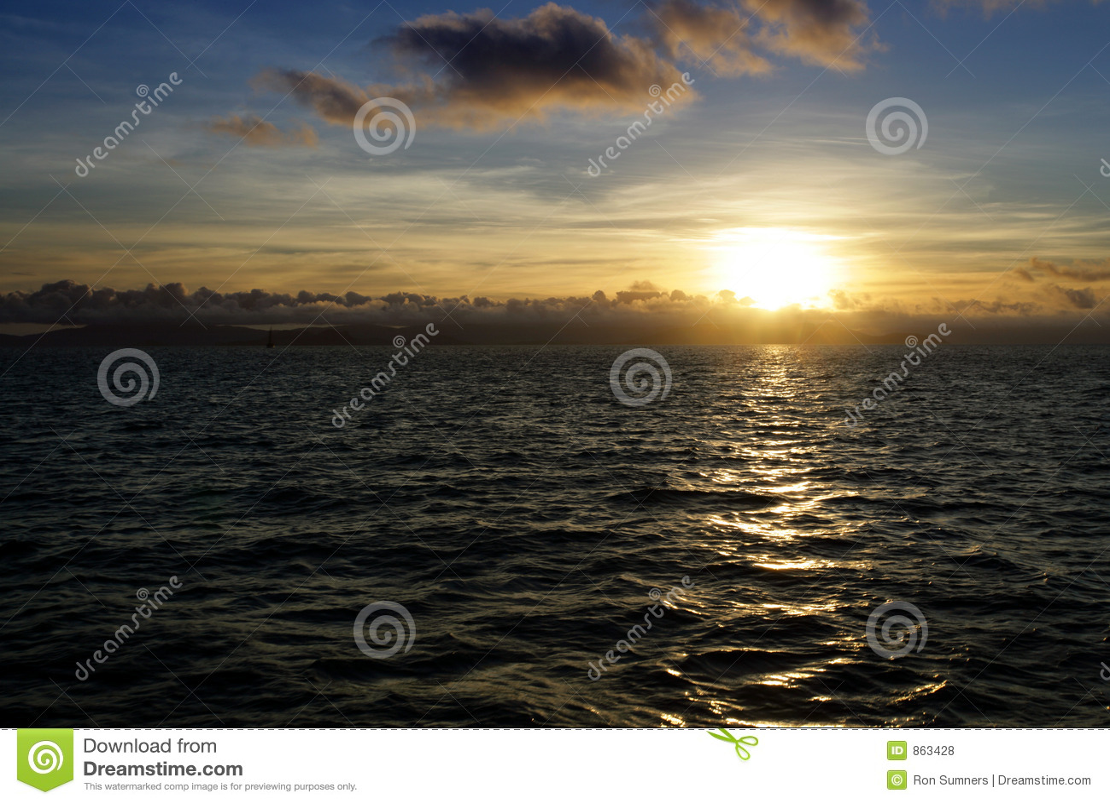 Ozeansonnenuntergang