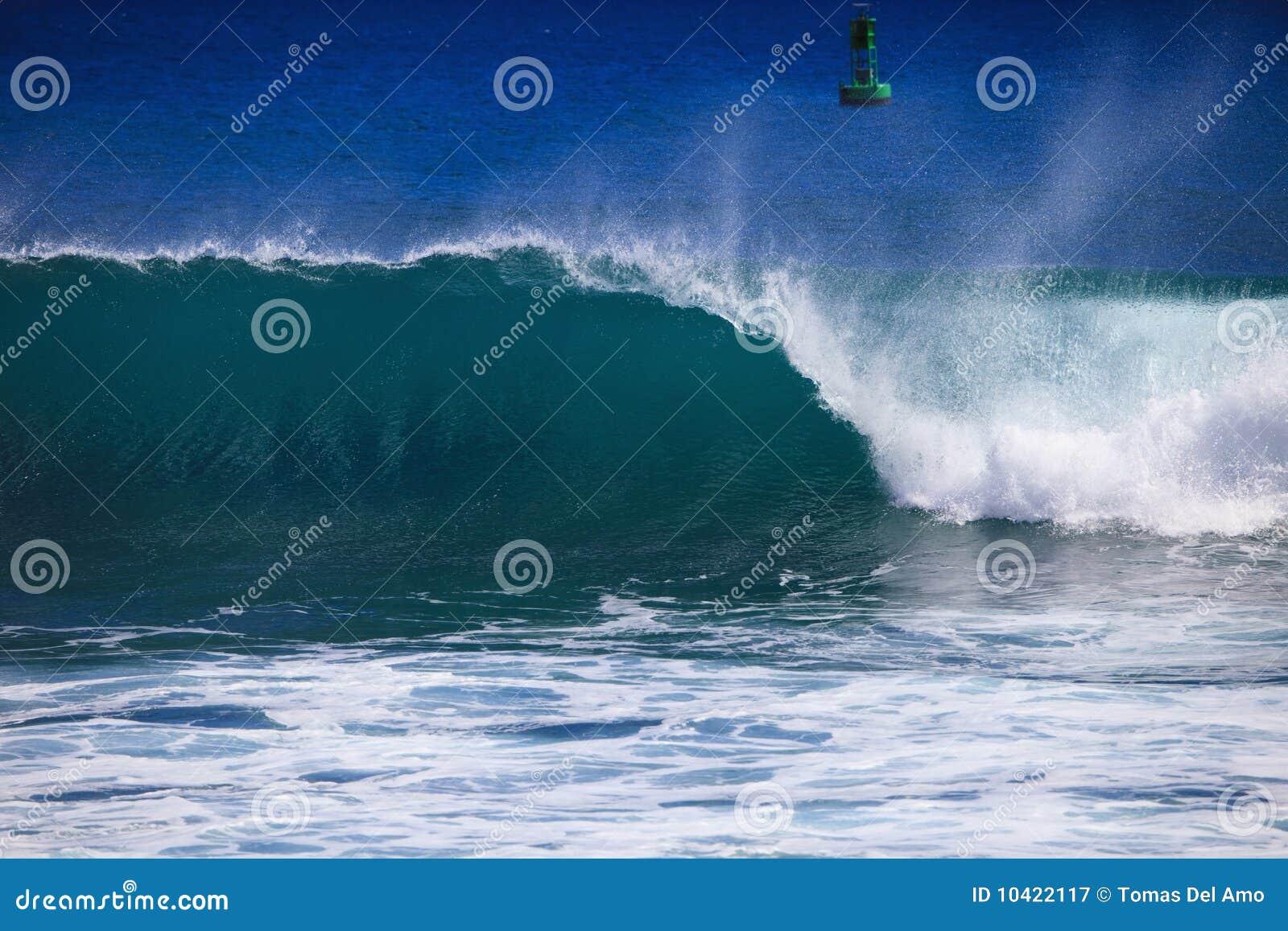 Ozeanwellenscheitel und -brüche