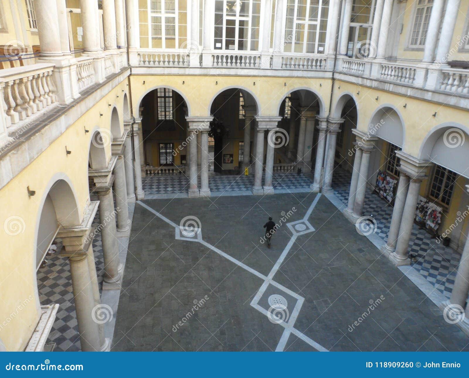 Pátio na universidade de Genebra