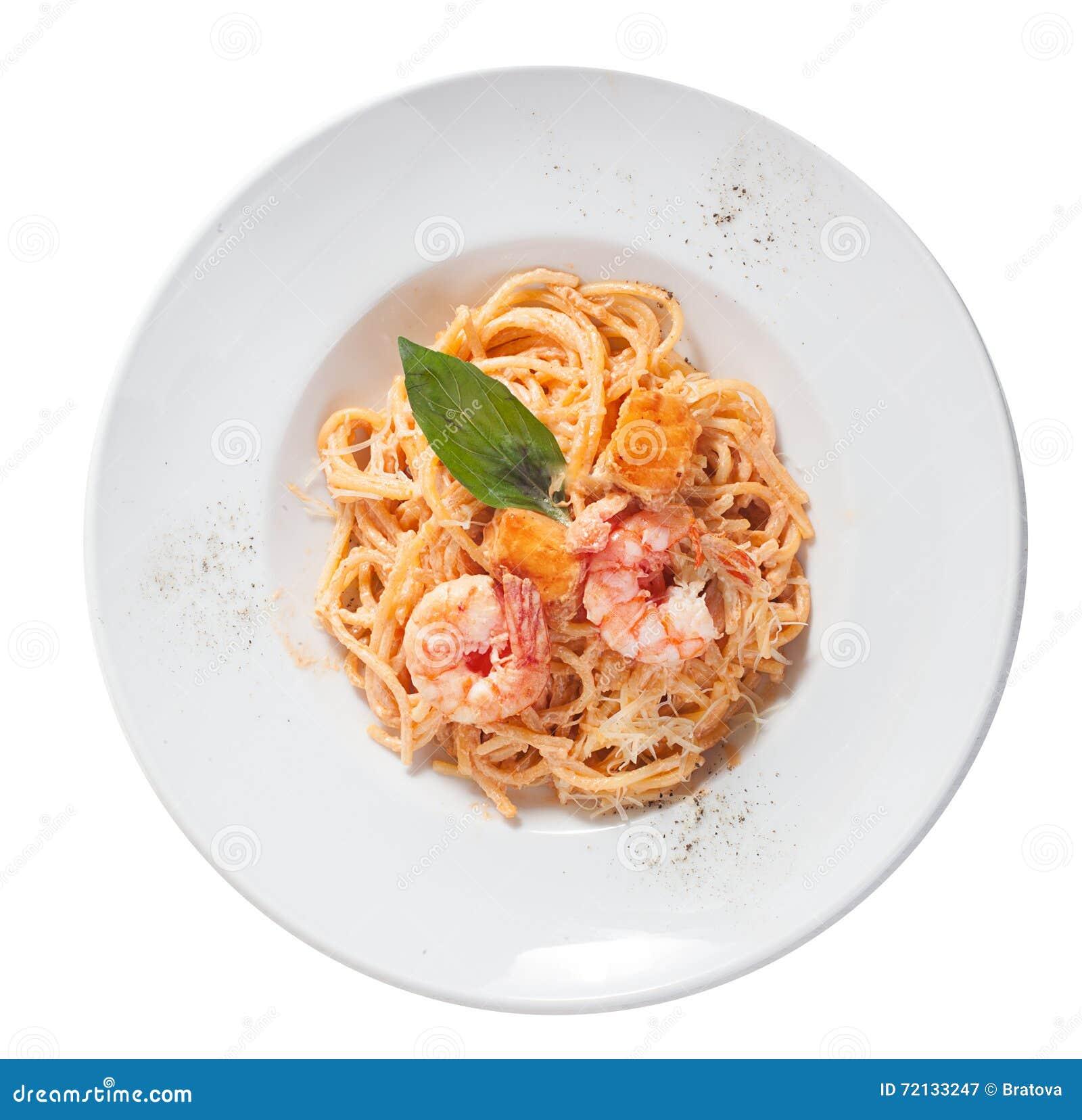 Pates Avec La Crevette Saumon Un Plat Dessus Sauce Tomate Image