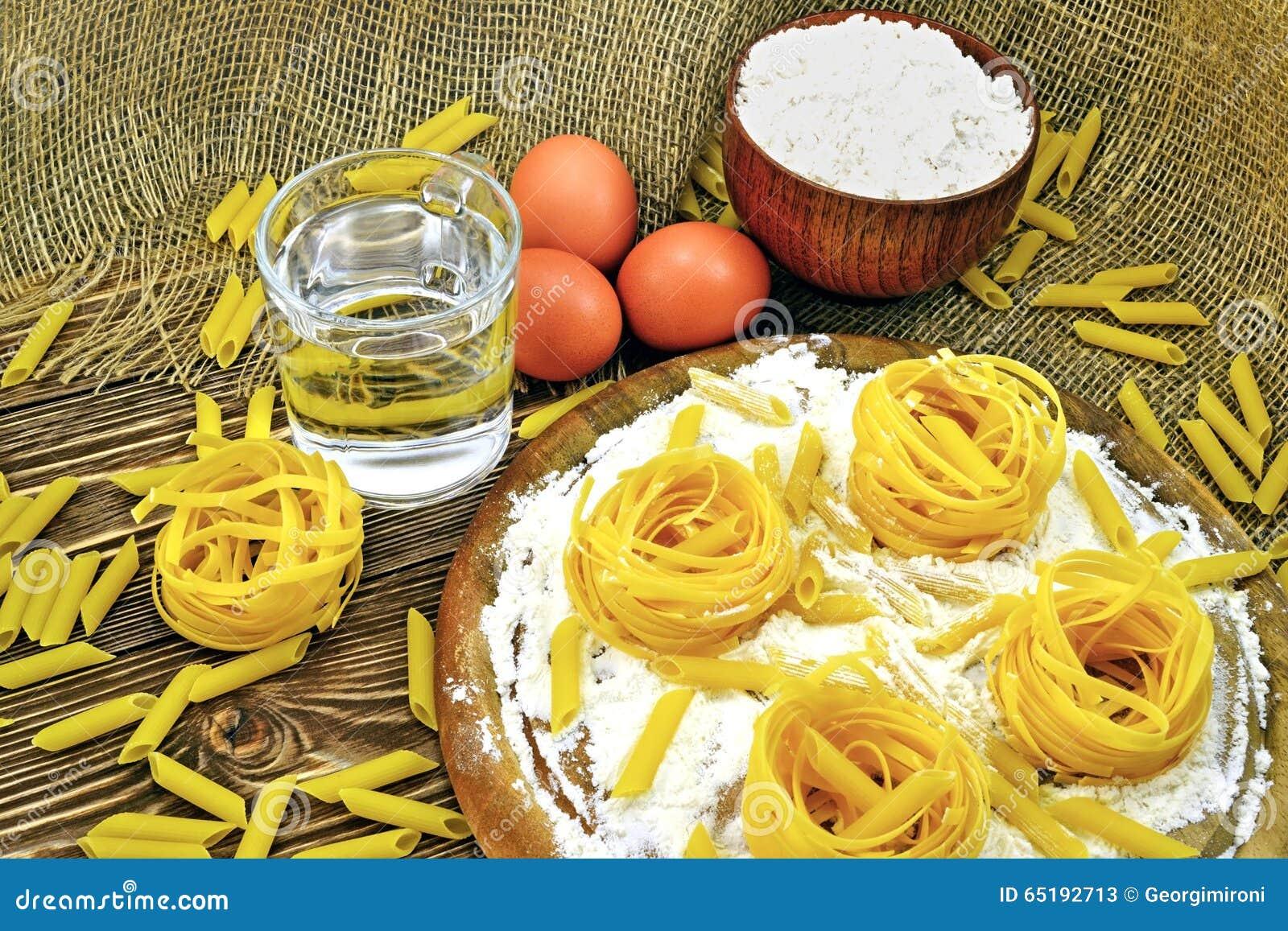 Pâtes et farine