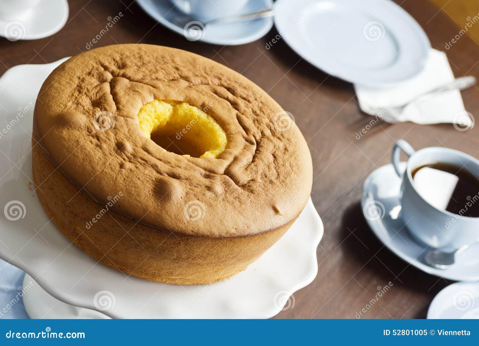 Pa O De Lo Oder Portugiesischer Schwamm Kuchen Mit Tee Stockbild
