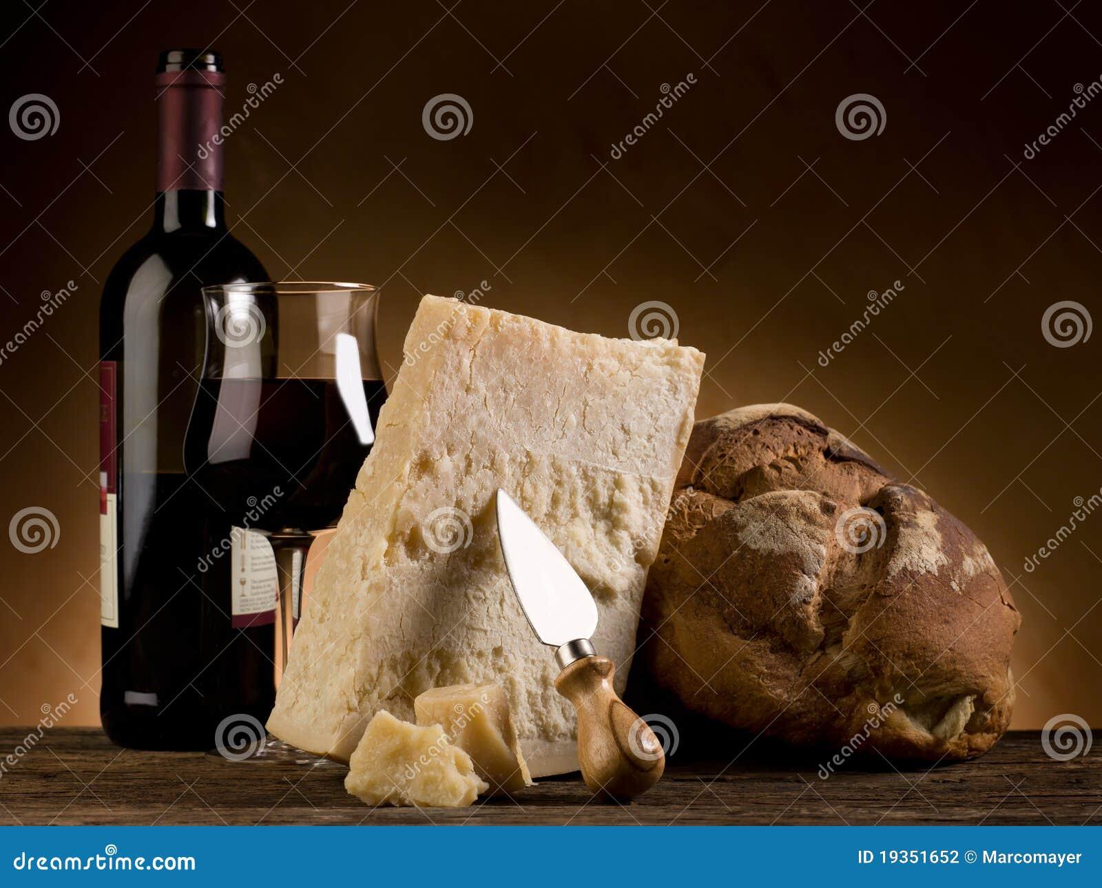Pão e vinho do queijo de Parmesão