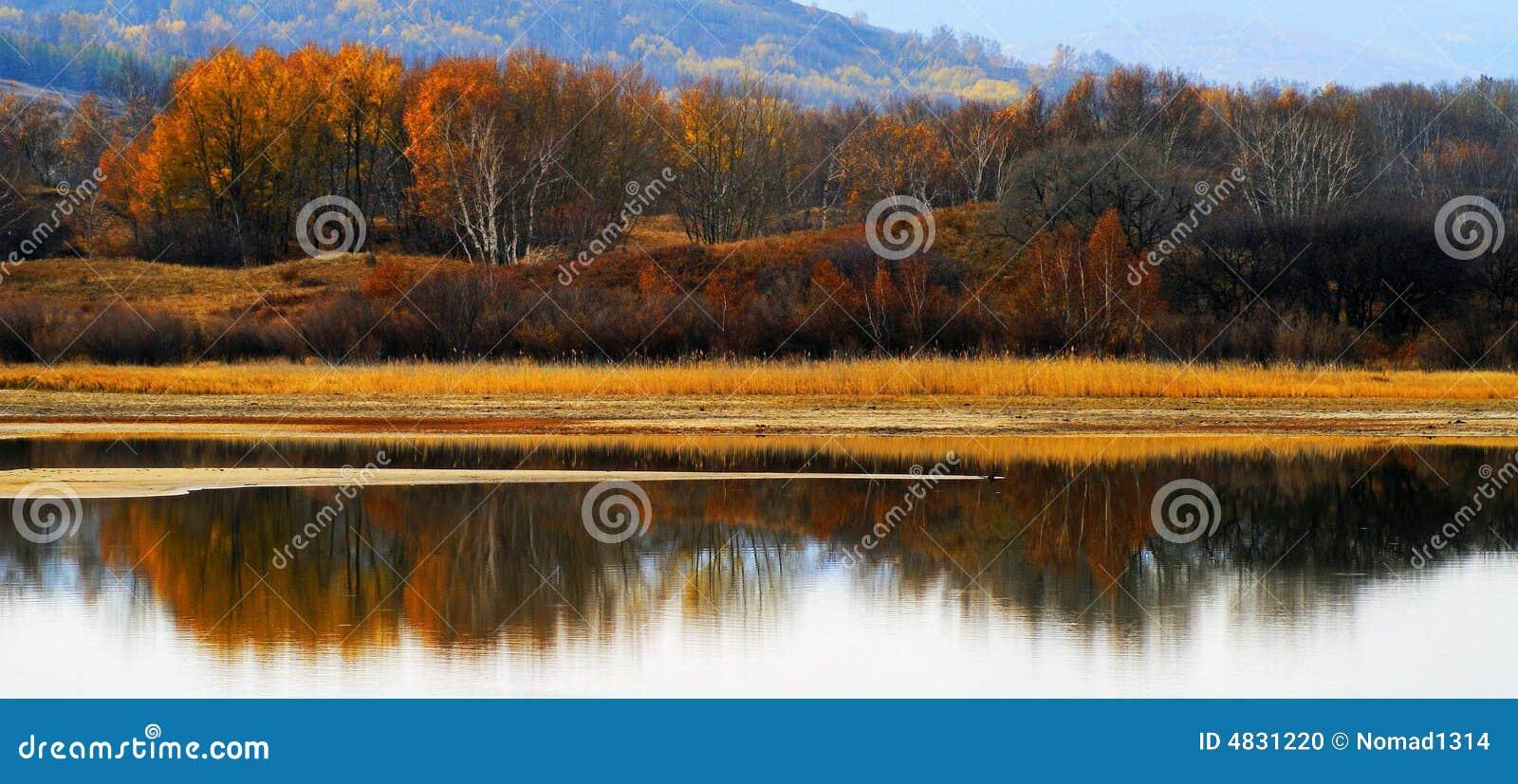 Pärlemorfärg flod