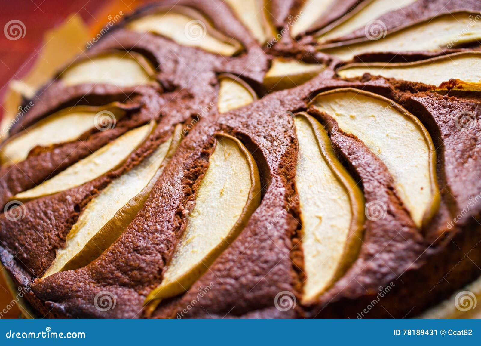 päronkaka med choklad