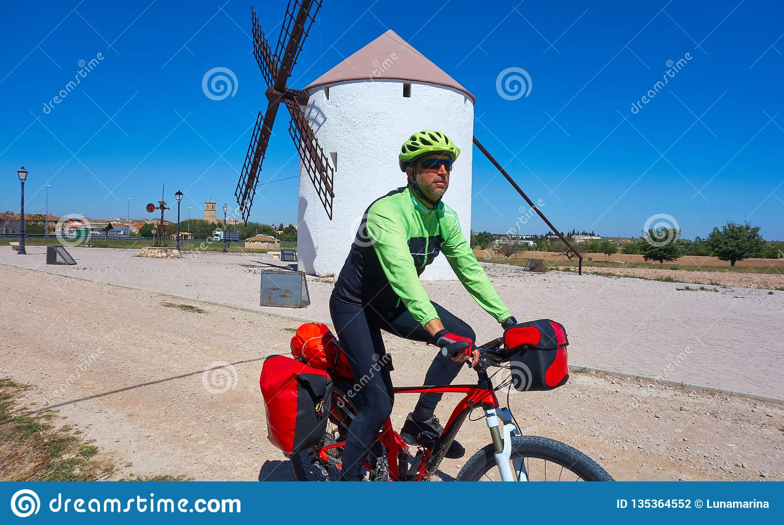 Pèlerin de cycliste par Camino De Santiago