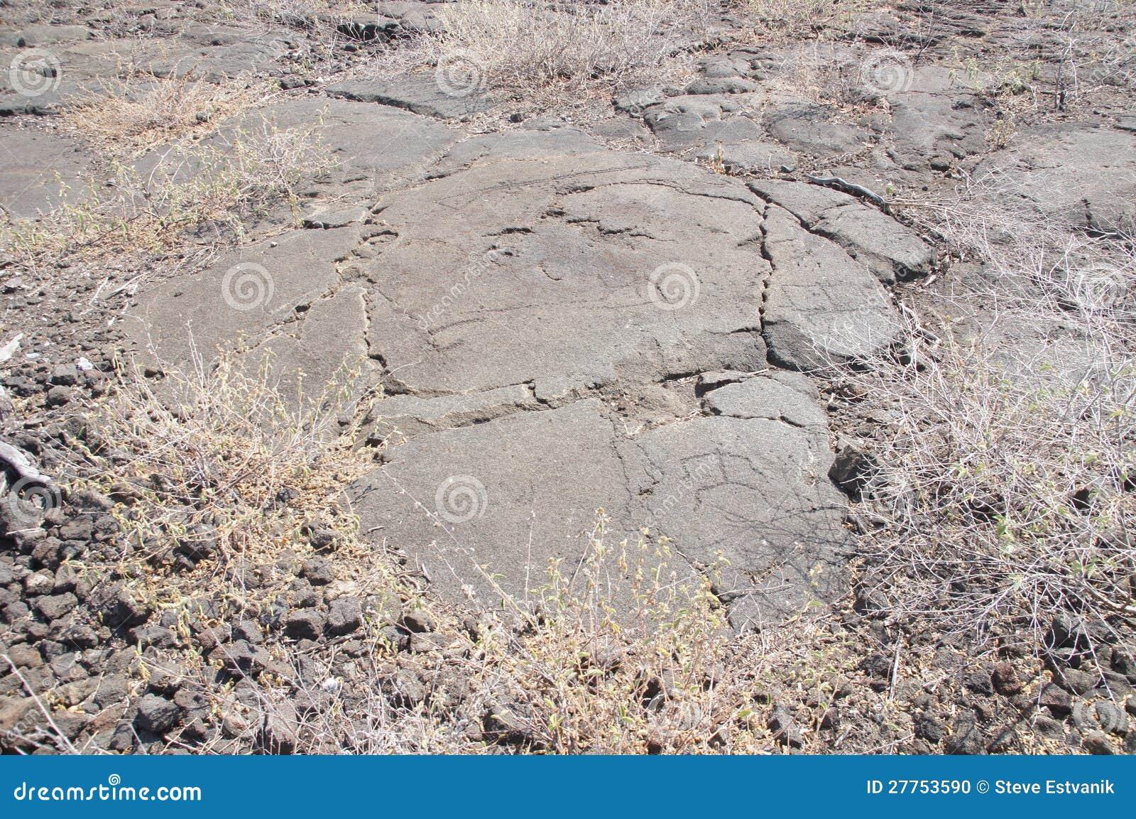 Pétroglyphes, découpages de roche