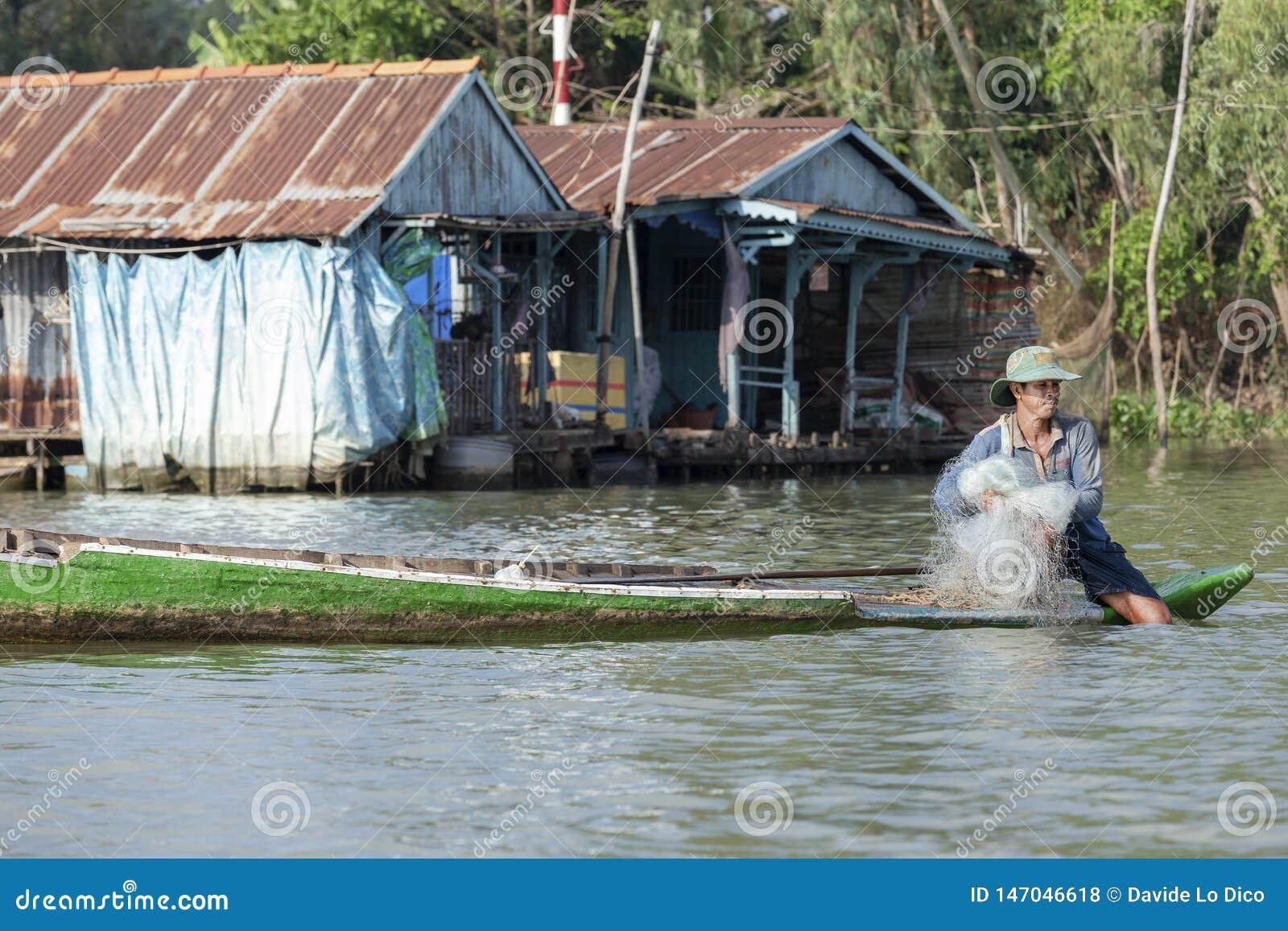 Pêcheur vietnamien, Doc. de Chau, Vietnam