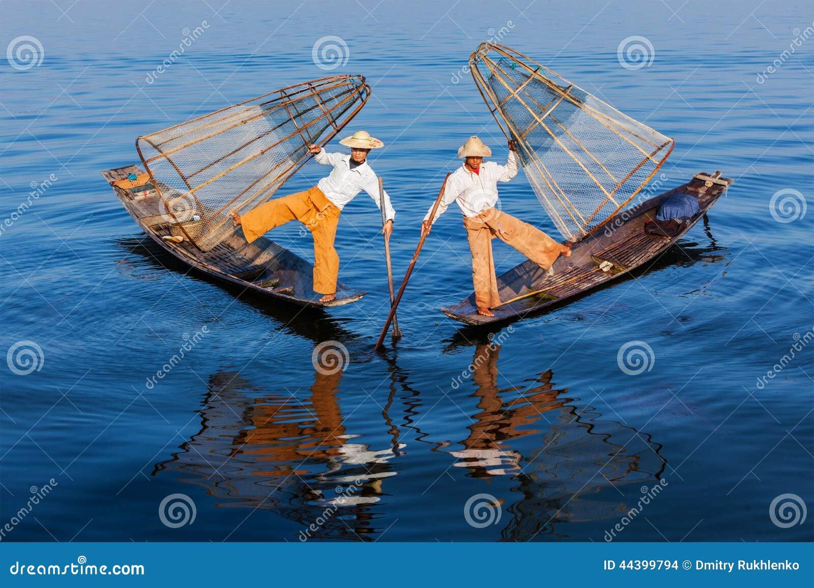 Pêcheurs birmans au lac Inle, Myanmar