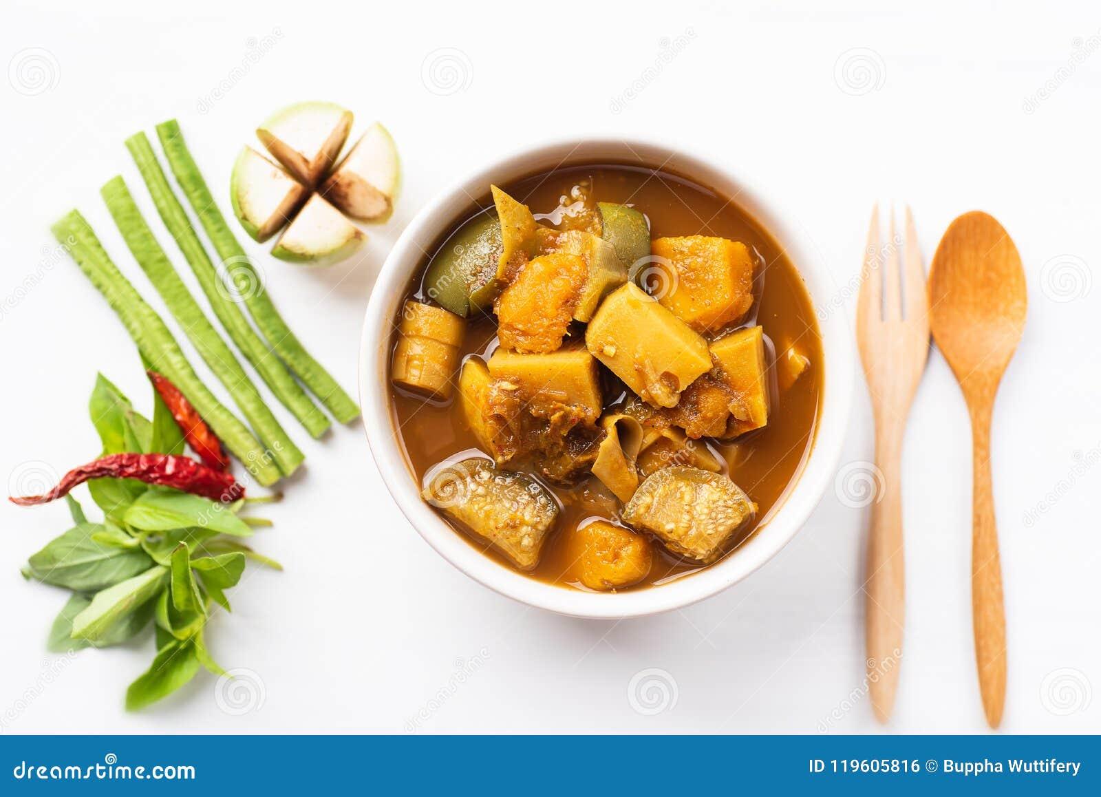 Pêchez la soupe aigre à organes, nourriture thaïlandaise du sud