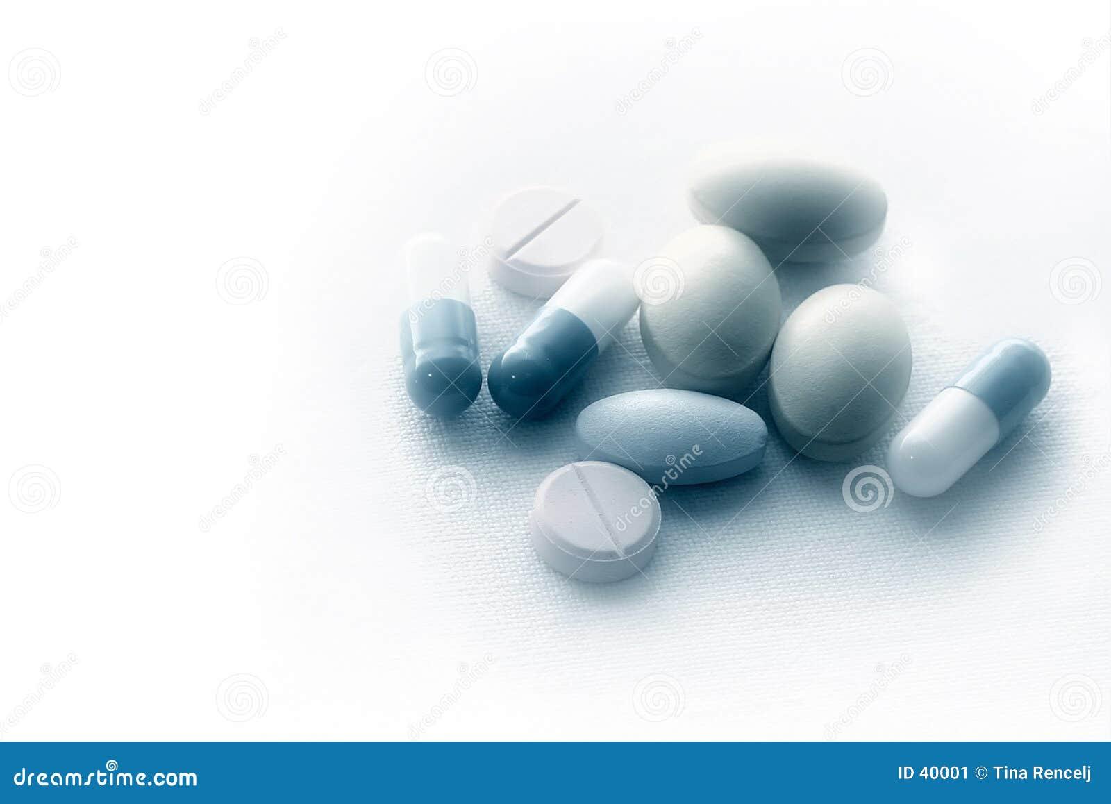 Píldoras en el paño estéril