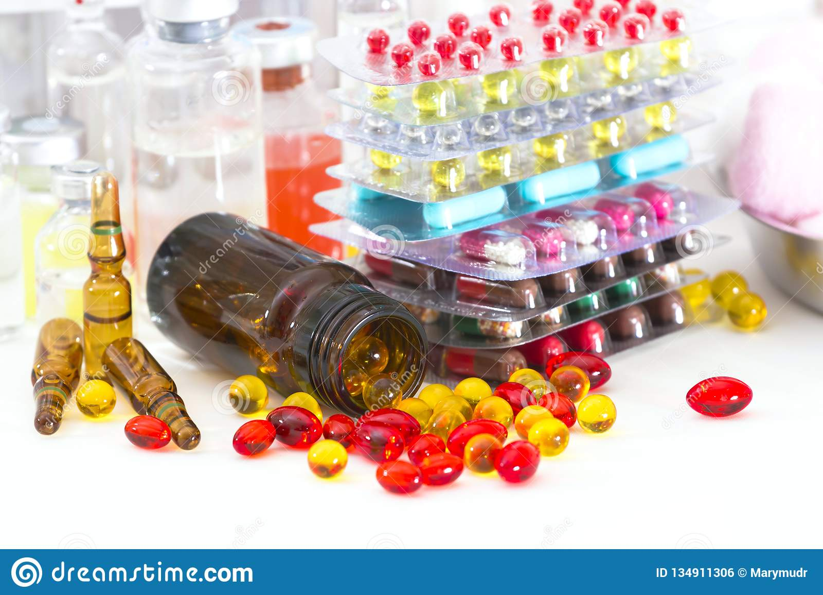 Píldoras y cápsulas multicoloras