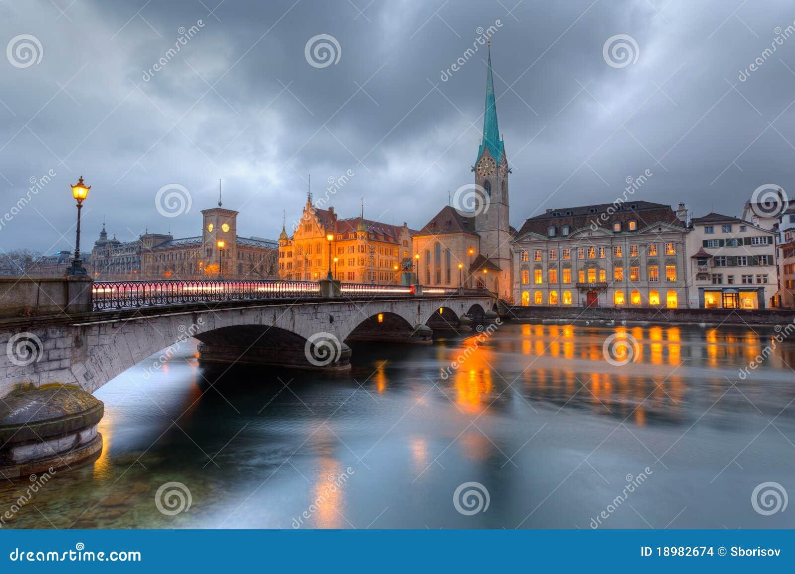 Półmrok Zurich