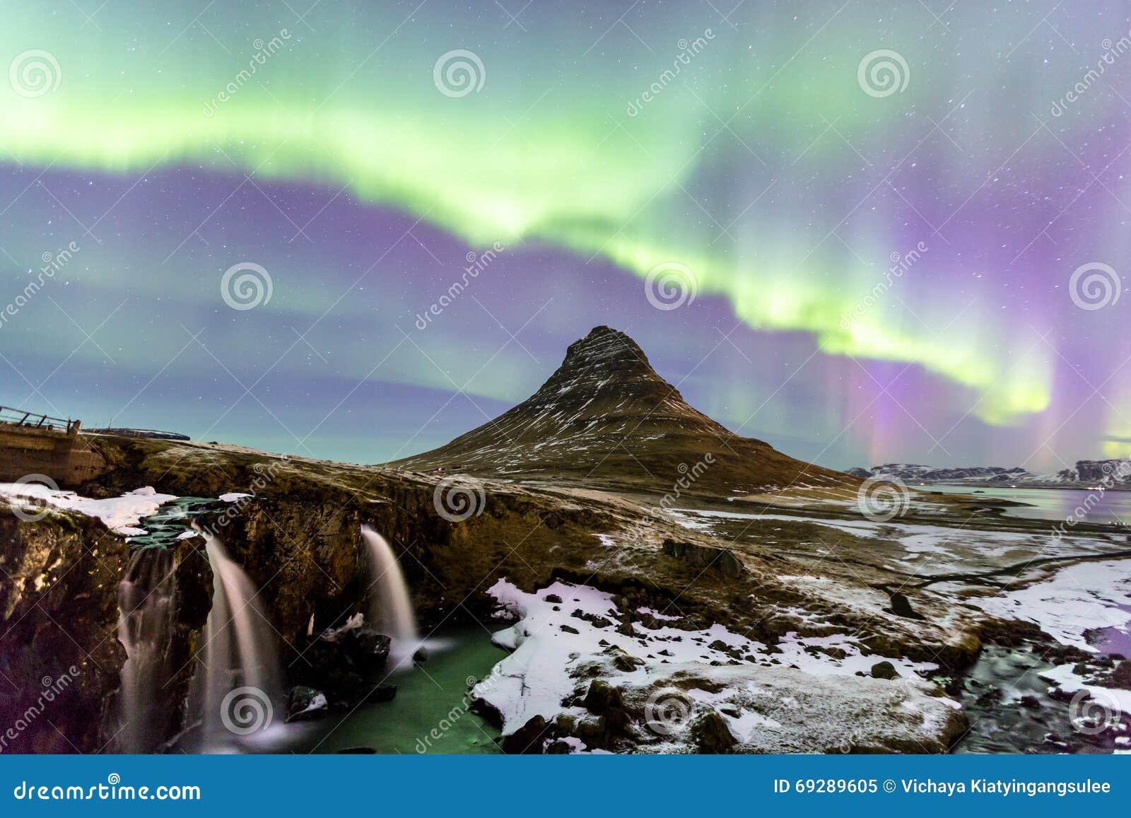 Północnego światła zorza Iceland