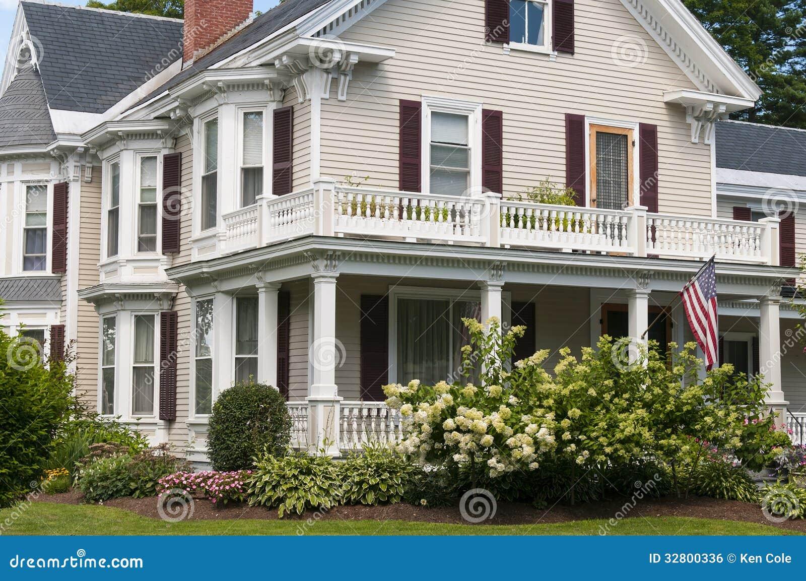 Pórtico de la casa de Nueva Inglaterra