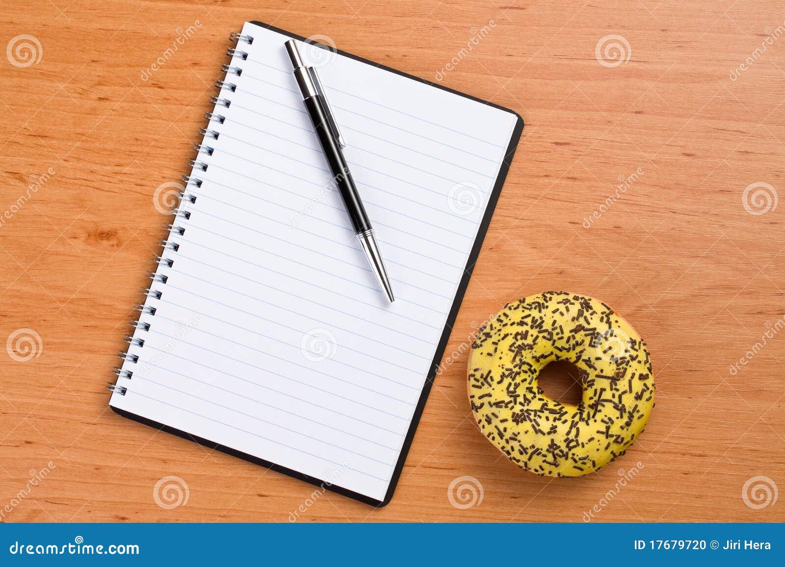 Pączka notatnika spirali cukierki