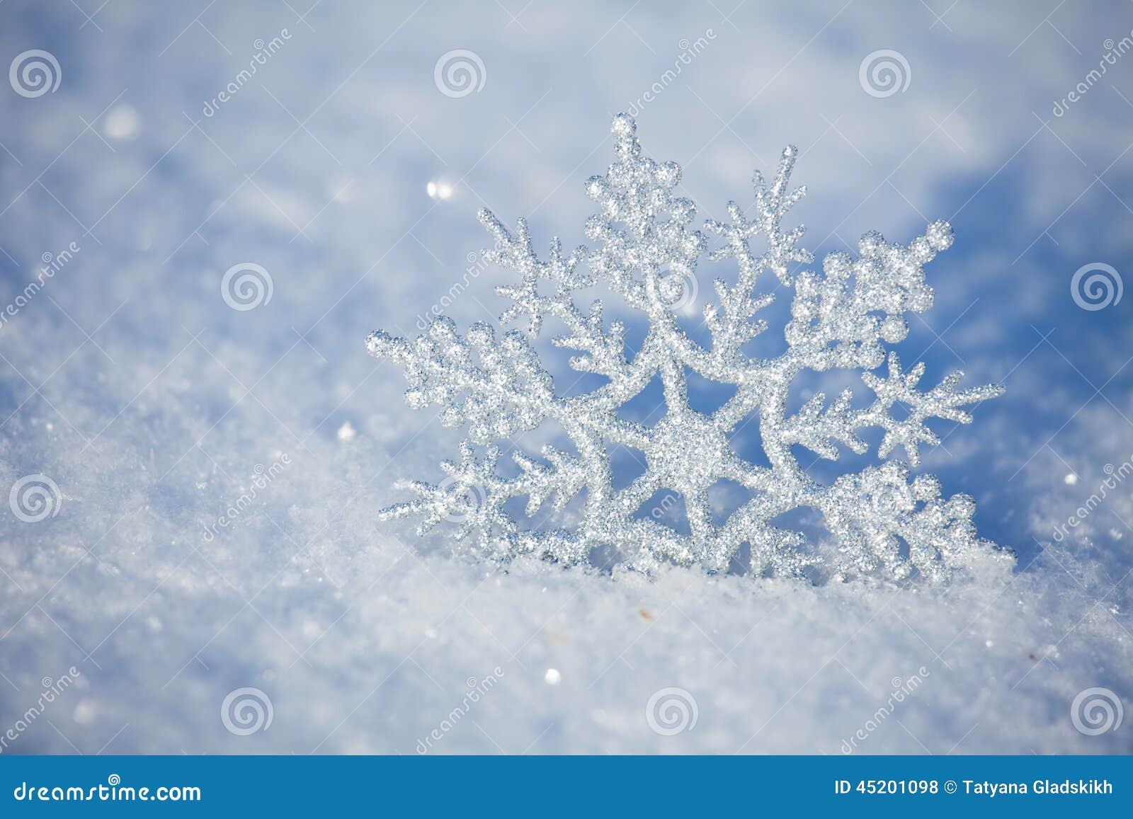 Płatki śniegu w zimie
