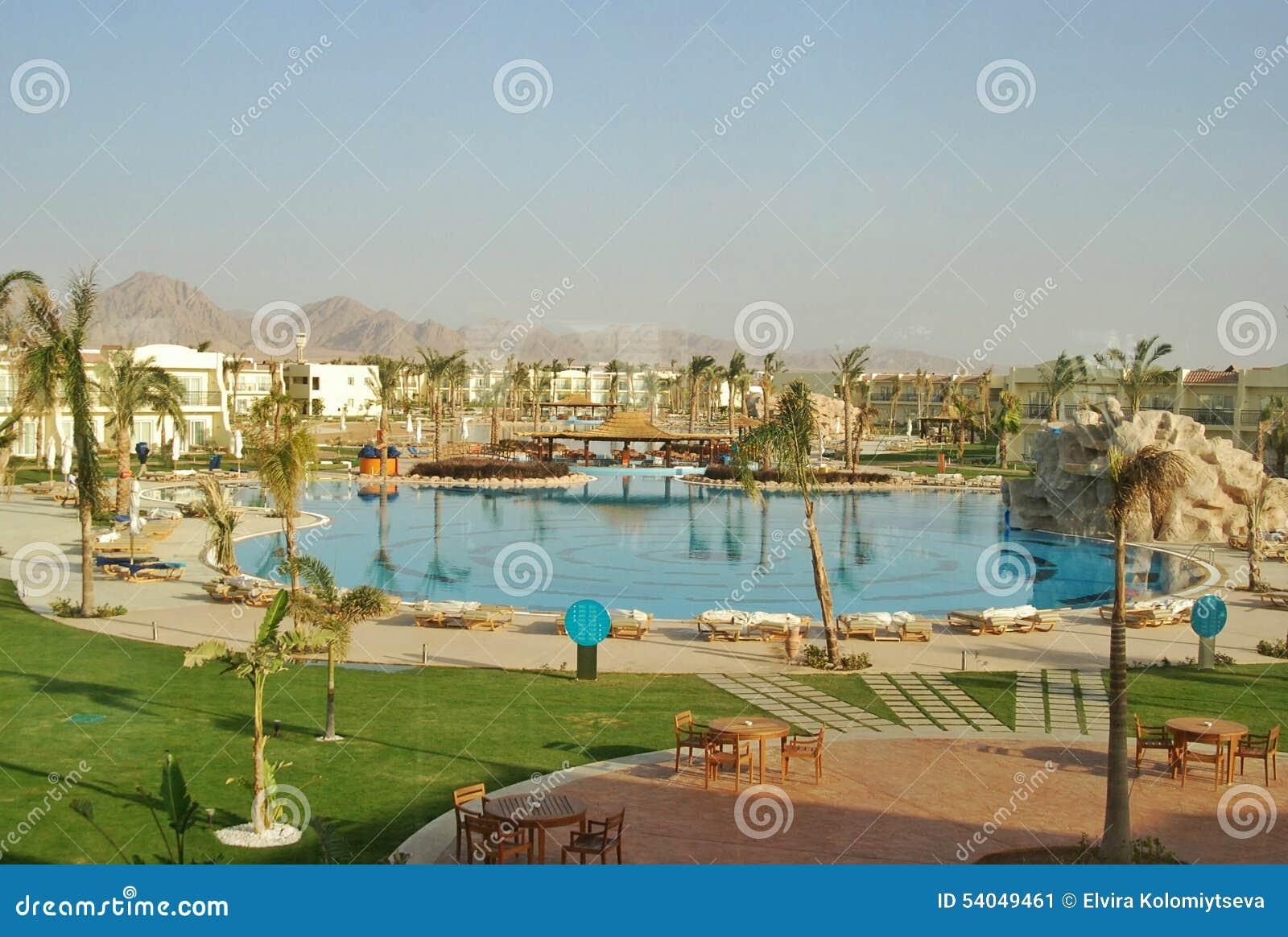Pływacki basen Hilton rekinów Podpalany hotel