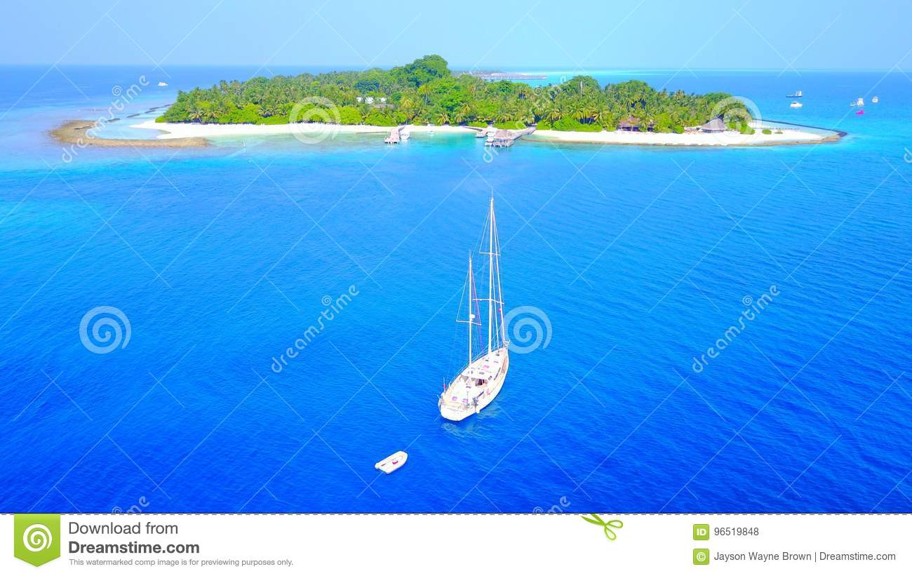Tropical Island Beach Ambience Sound: P00022 Aerial Flying Drone View Of Maldives White Sandy