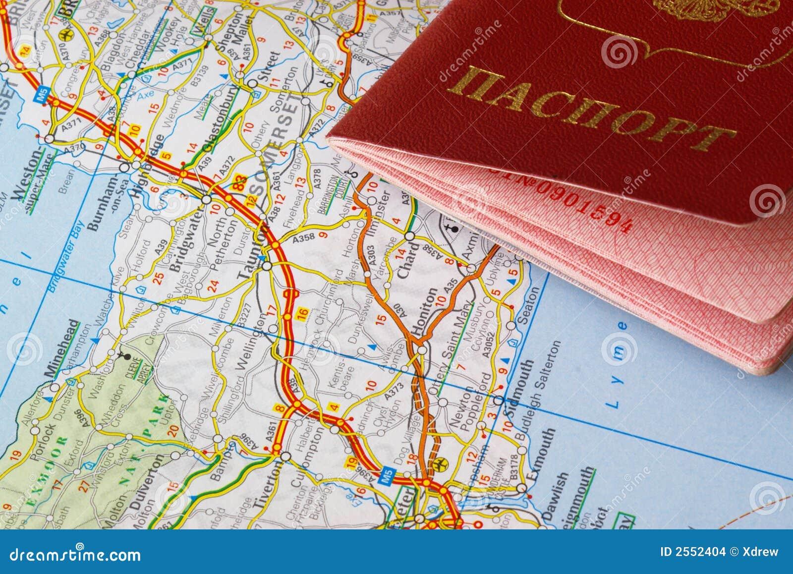 Paß und Karte